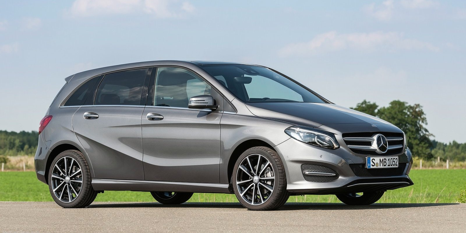 2015 mercedes benz b class pricing and specifications for Mercedes benz class 2015