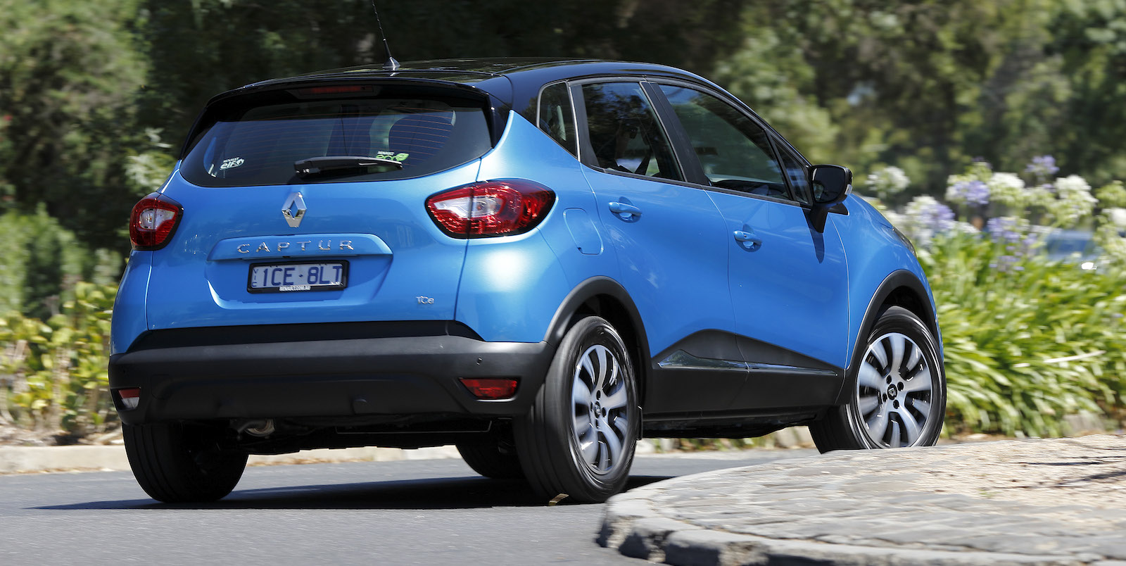 New Mercedes Suv >> 2015 Renault Captur Review | CarAdvice