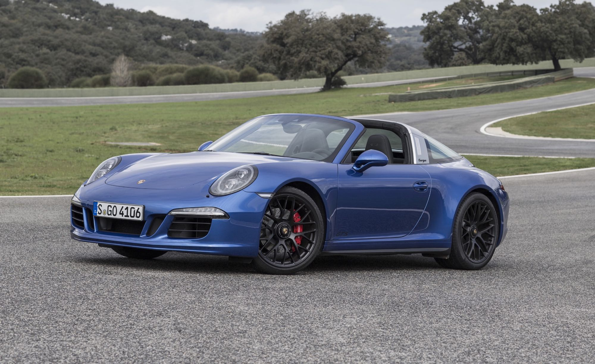 porsche 911 targa 4 gts officially launches at ascari photos 1 of 7. Black Bedroom Furniture Sets. Home Design Ideas