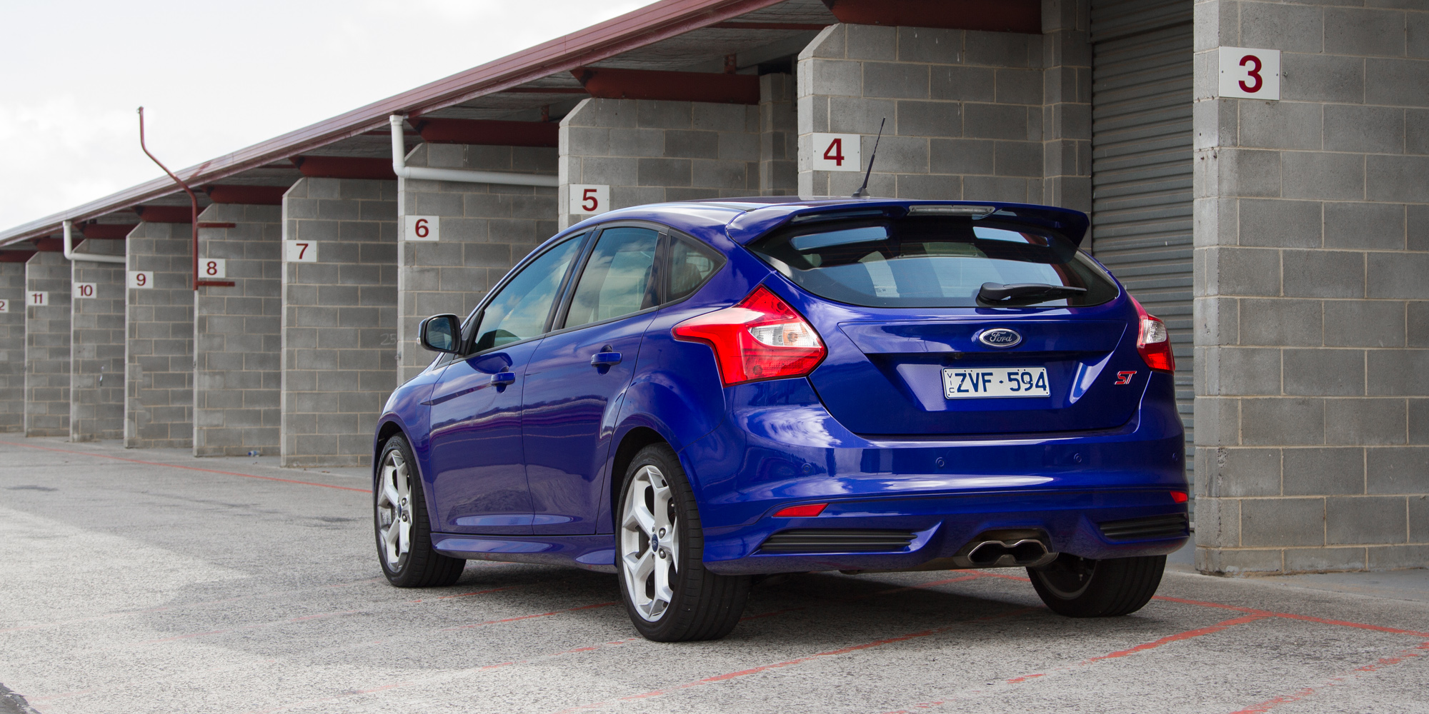 2014 ford focus st review sandown raceway weekender photos. Cars Review. Best American Auto & Cars Review