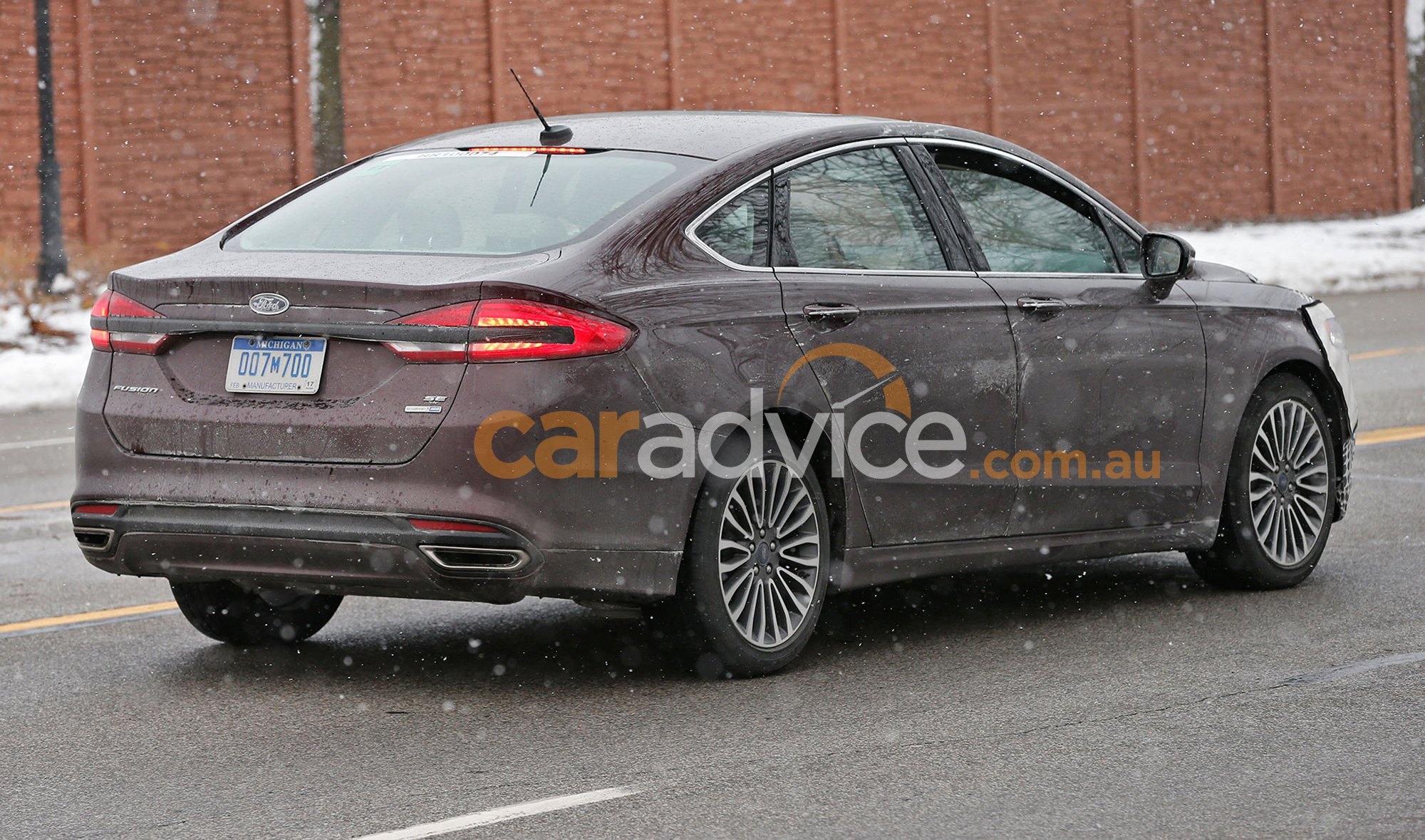 2016 ford mondeo facelift spied testing in detroit. Black Bedroom Furniture Sets. Home Design Ideas