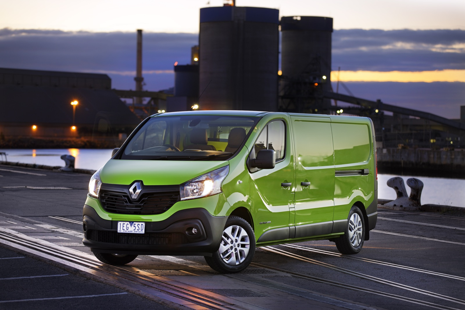 2015 renault trafic review caradvice. Black Bedroom Furniture Sets. Home Design Ideas