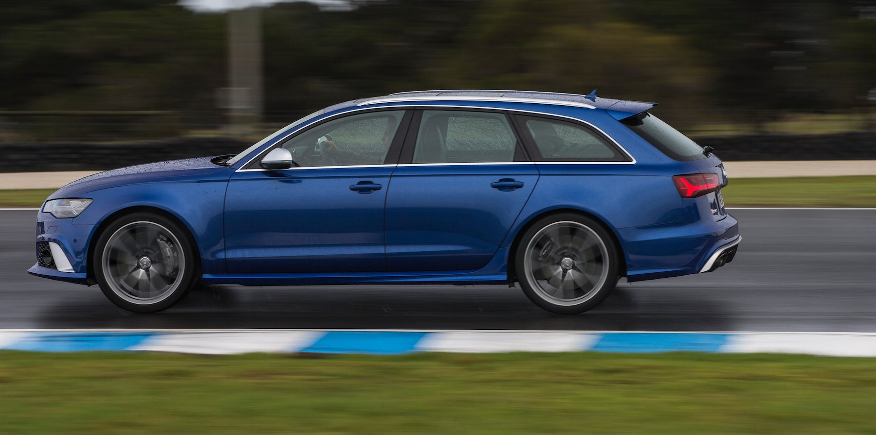 2015 audi rs6 avant review caradvice. Black Bedroom Furniture Sets. Home Design Ideas