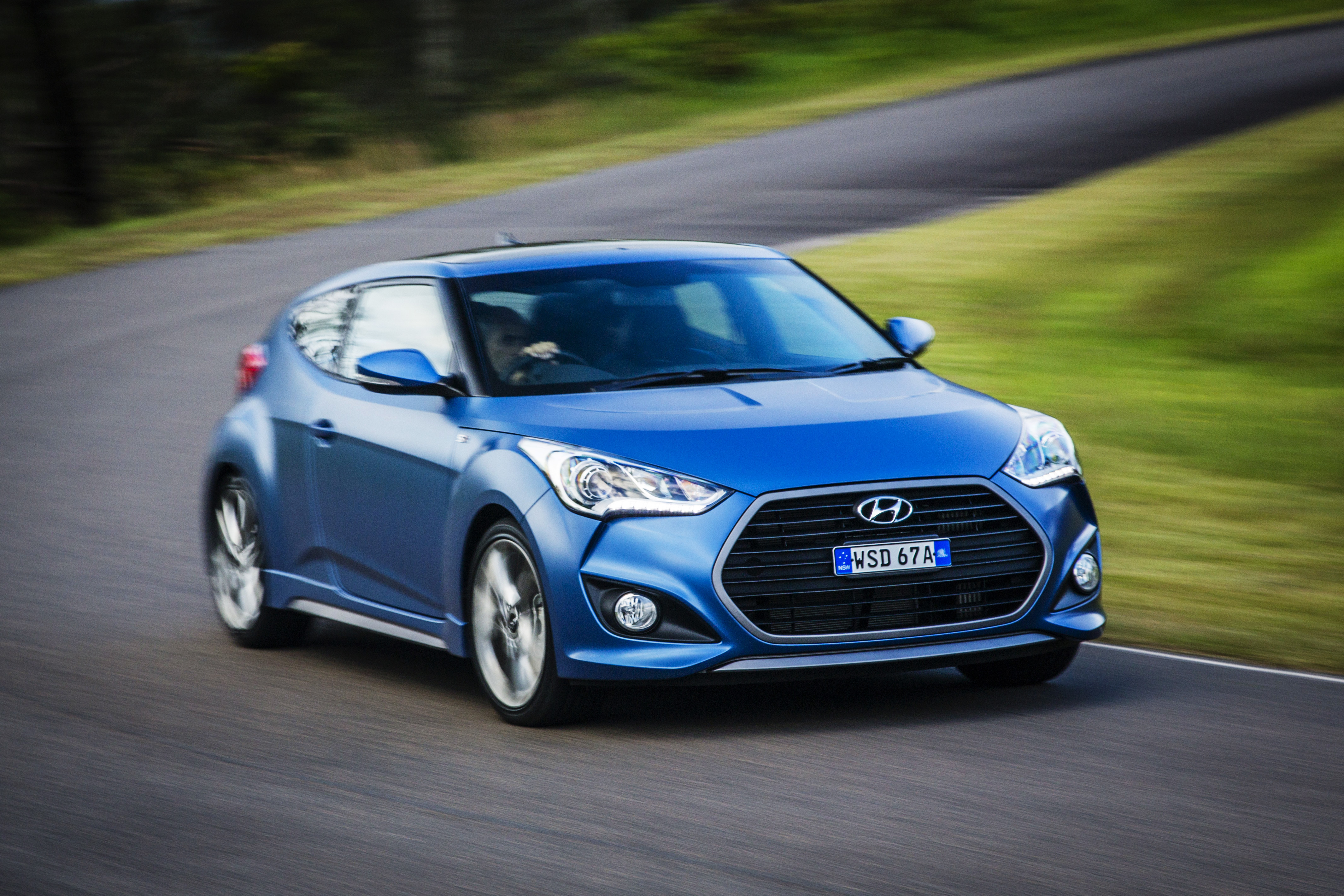 2015 hyundai veloster series ii pricing and specifications. Black Bedroom Furniture Sets. Home Design Ideas