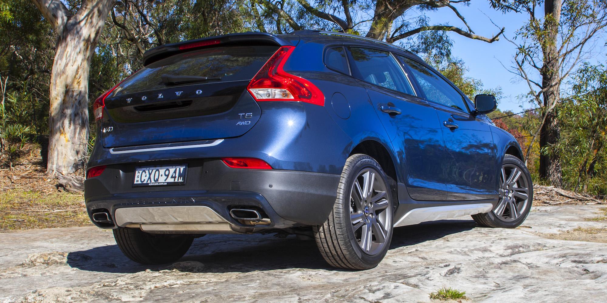 2015 volvo v40 cross country review caradvice. Black Bedroom Furniture Sets. Home Design Ideas