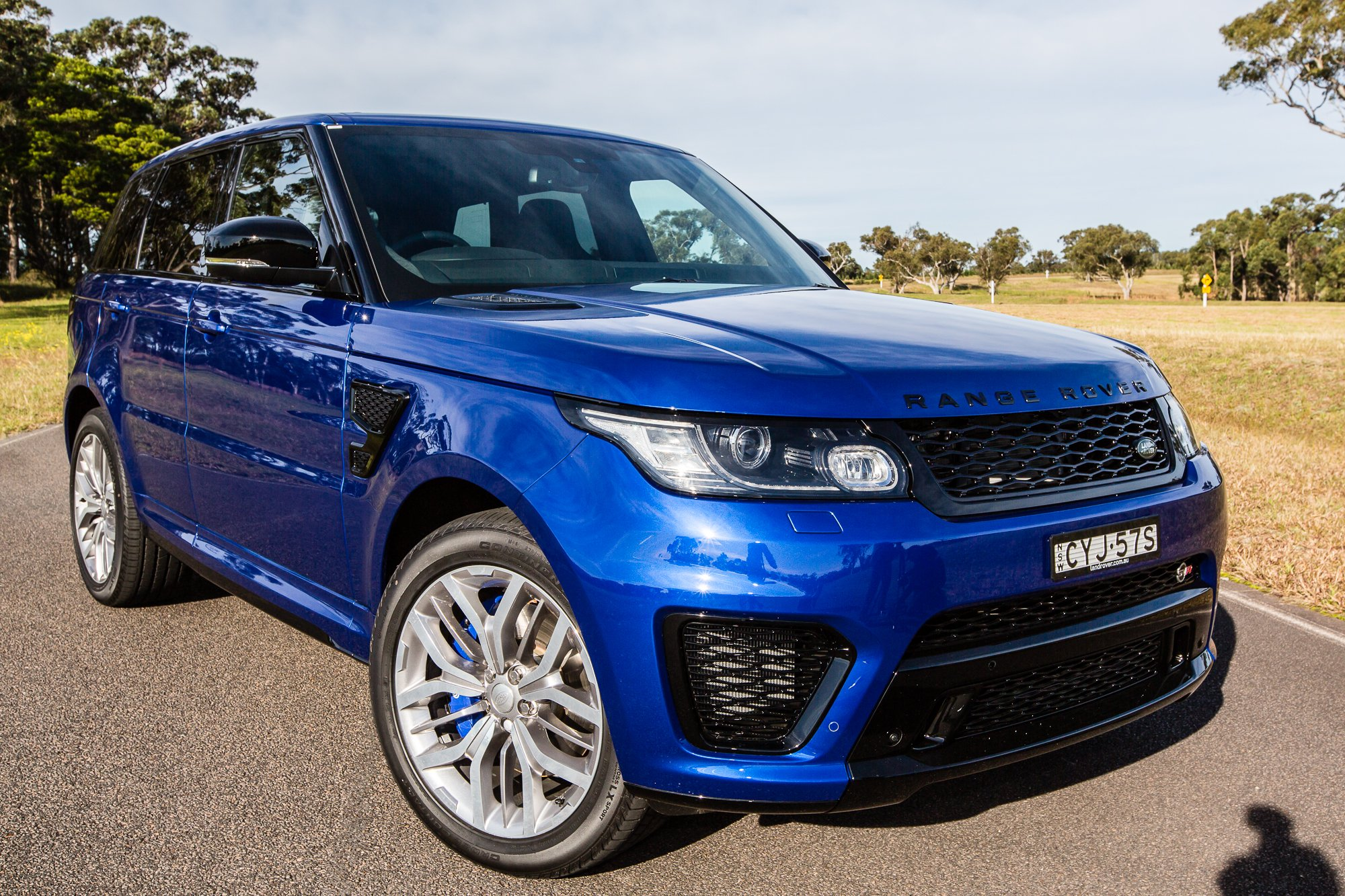 2015 range rover sport svr pricing and specifications photos 1 of 4. Black Bedroom Furniture Sets. Home Design Ideas