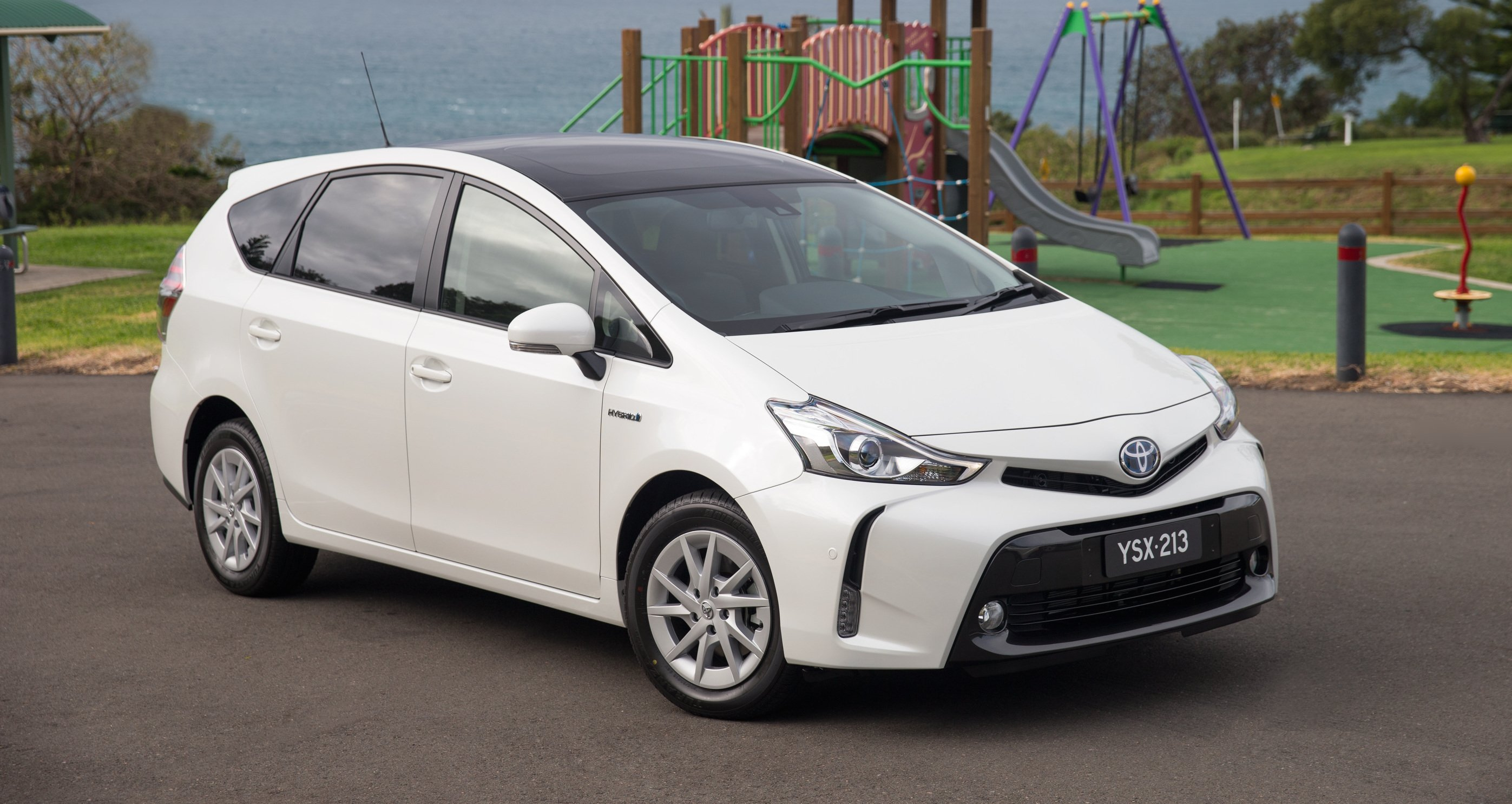2015 toyota prius v pricing and specifications photos 1 of 7