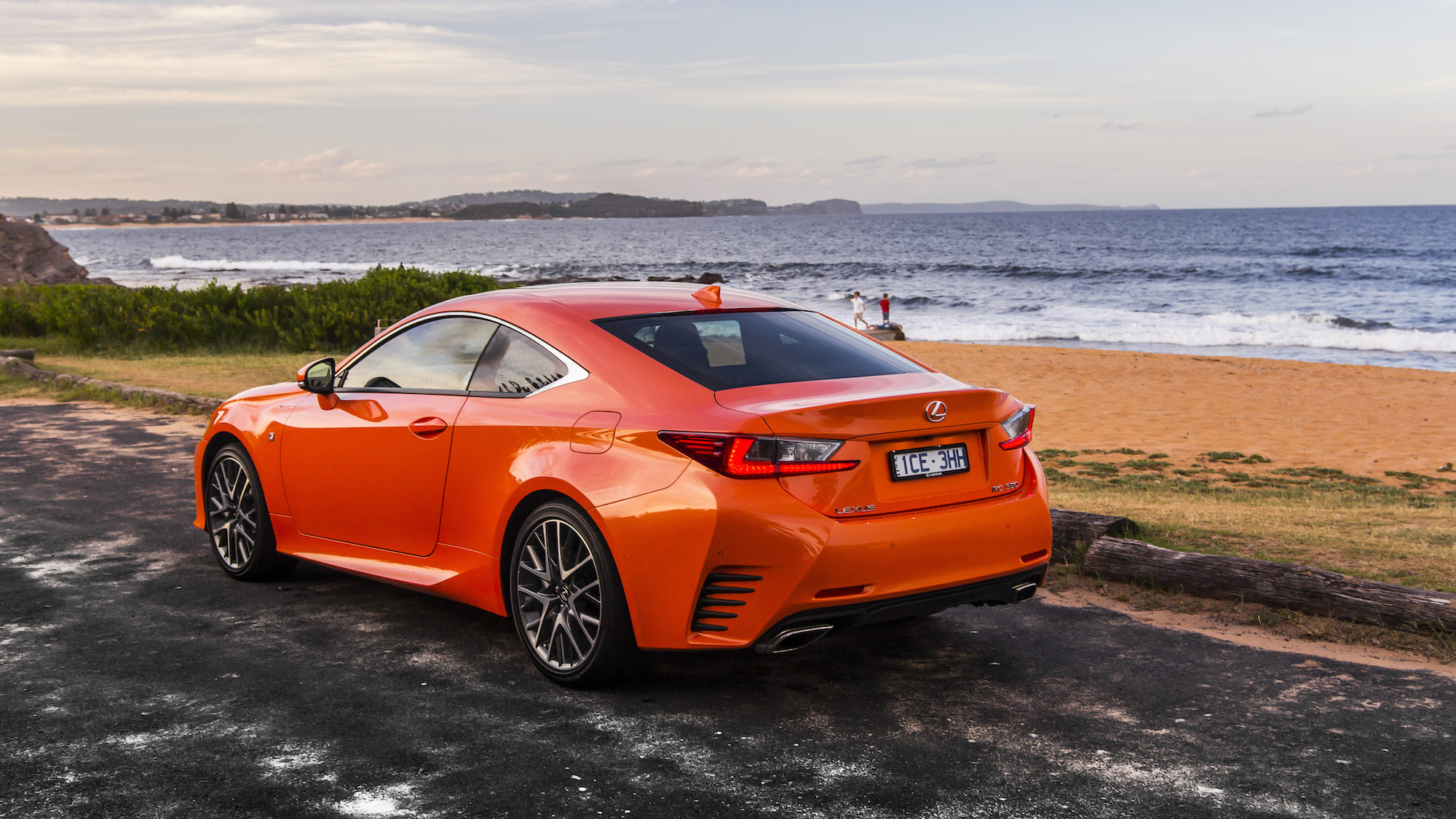 2015 lexus rc350 f sport review caradvice. Black Bedroom Furniture Sets. Home Design Ideas