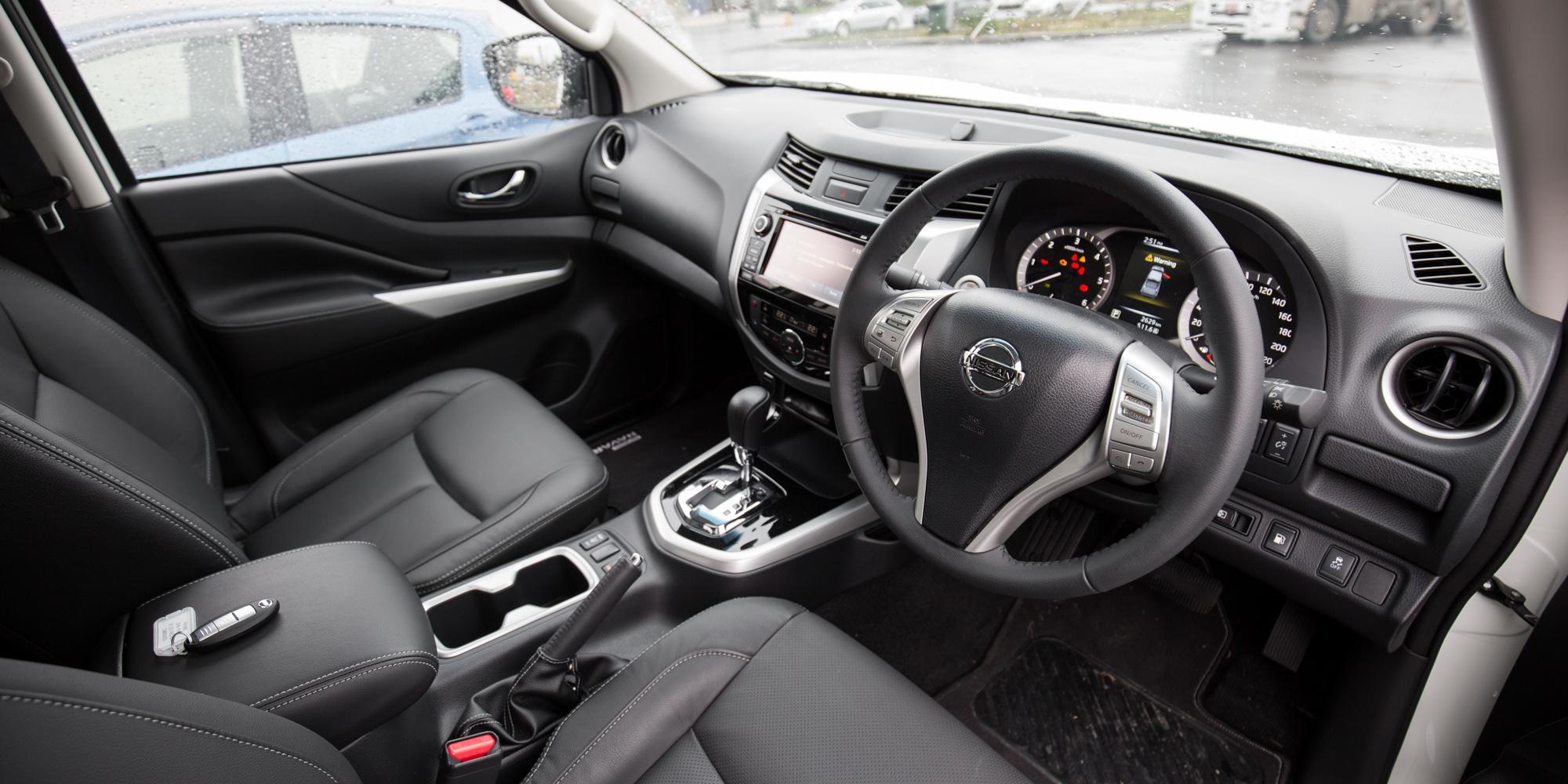2015 Nissan Navara NP300 Review: ST-X 4x2 Dual-Cab | CarAdvice