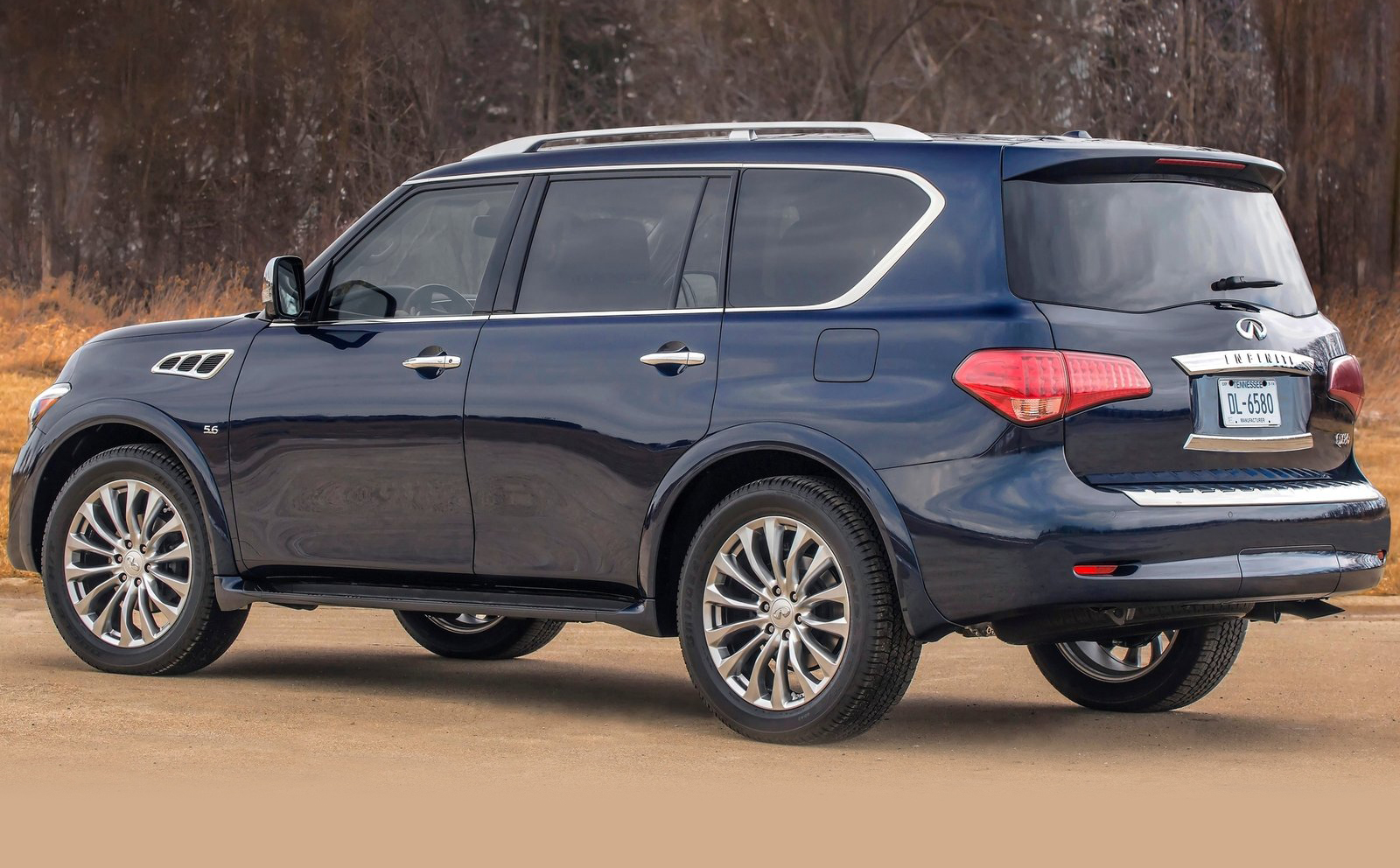 2016 infiniti qx80 pricing and specifications photos 1 of 8. Black Bedroom Furniture Sets. Home Design Ideas
