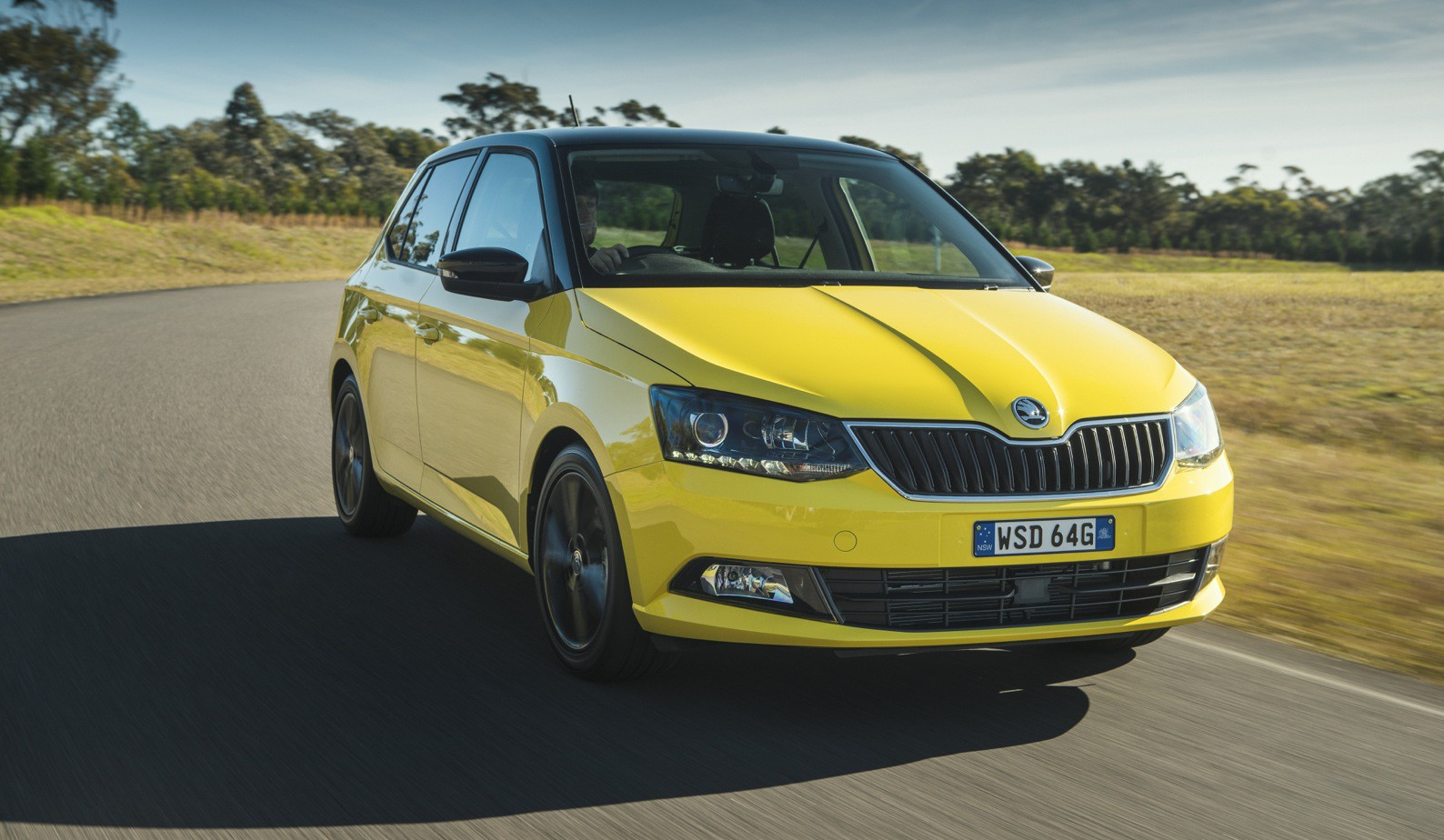 2016 skoda fabia pricing and specifications photos 1 of 14. Black Bedroom Furniture Sets. Home Design Ideas