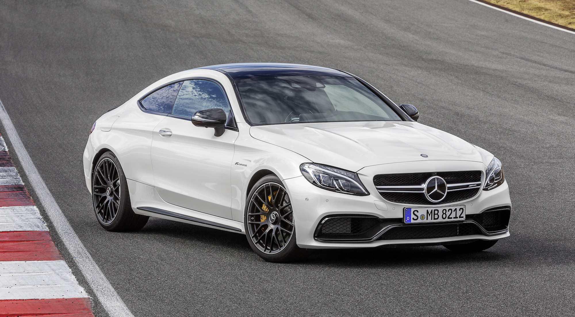 2016 mercedes amg c63 coupe revealed photos 1 of 19. Black Bedroom Furniture Sets. Home Design Ideas