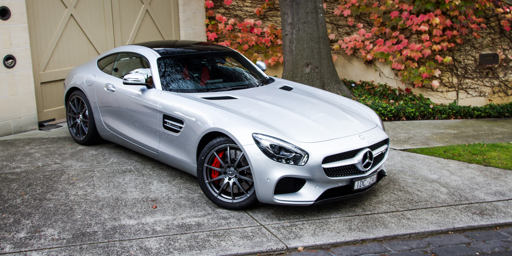 2016 mercedes amg gt s review caradvice for Mercedes benz gts price