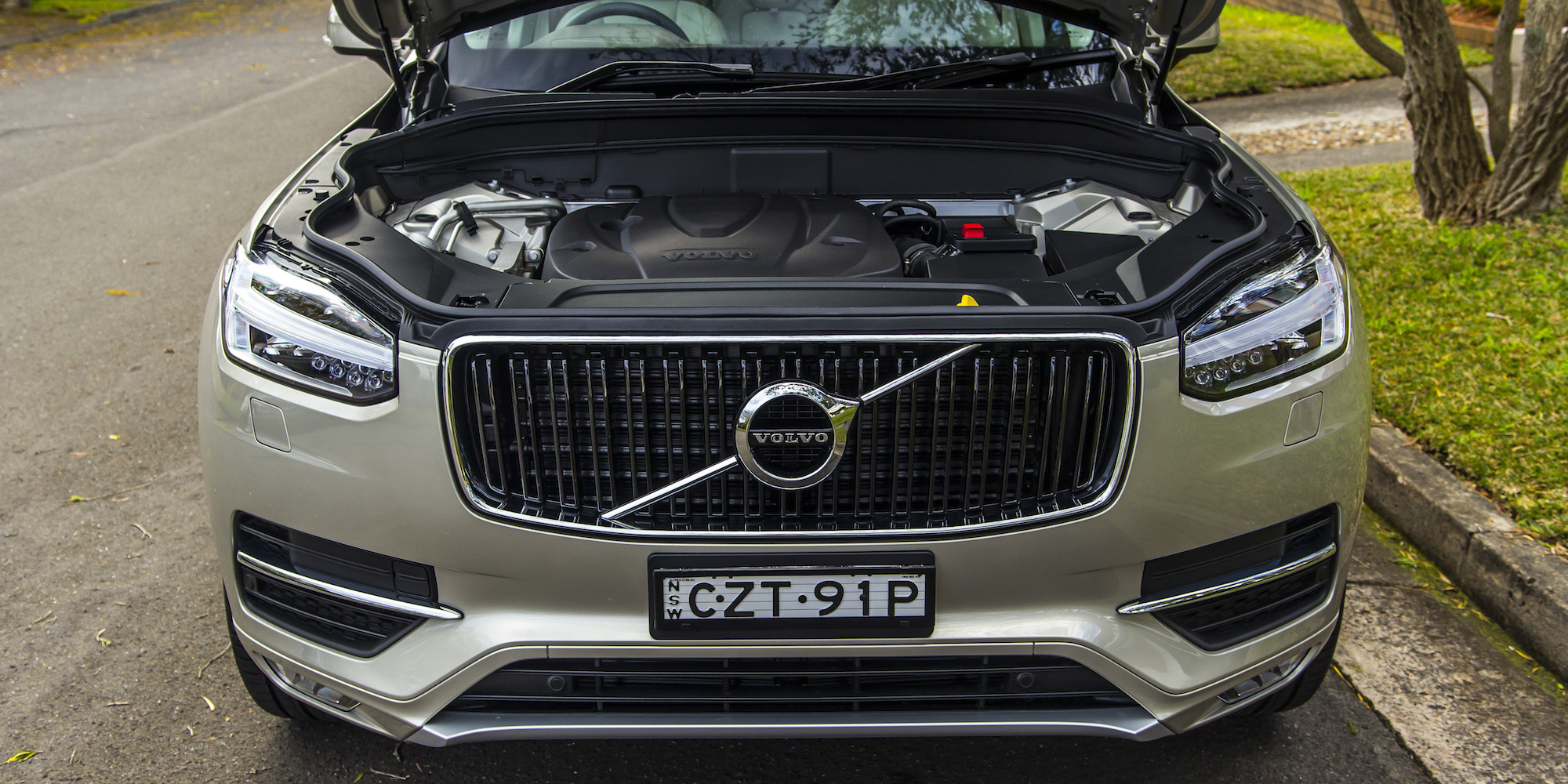 Innovative 2016 Volvo XC90 D5 Momentum Review  CarAdvice