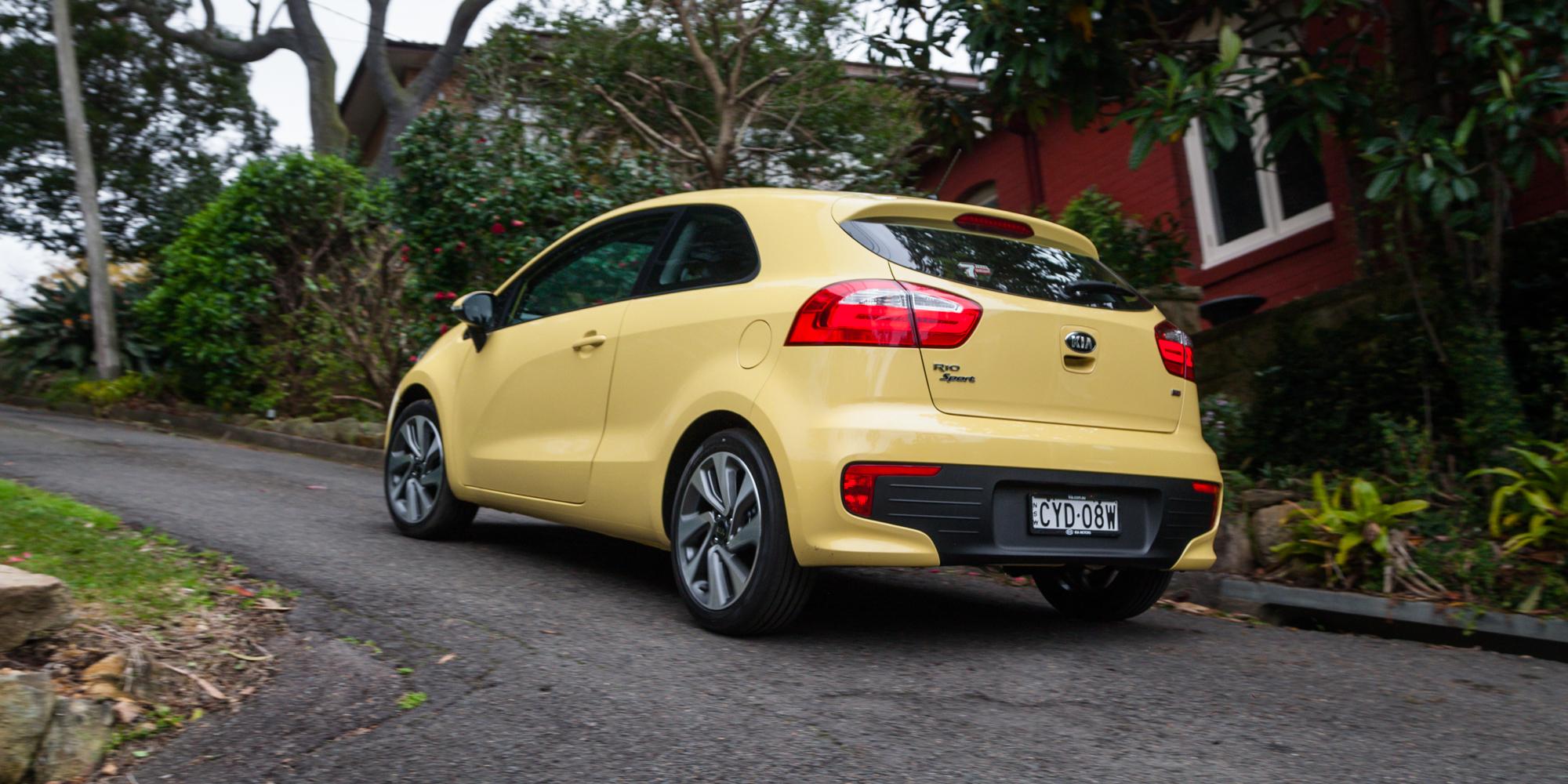 yellow car 2015 09 - photo #42