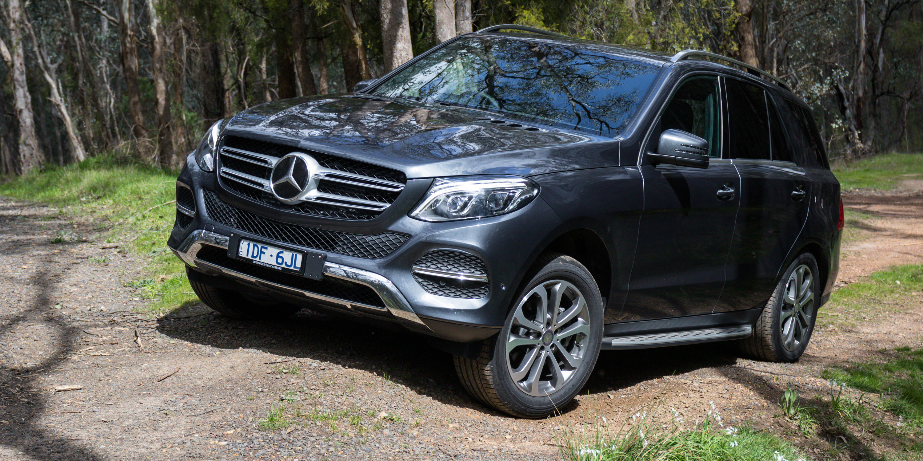 2016 mercedes benz gle 250d review caradvice for Mercedes benz suv reviews