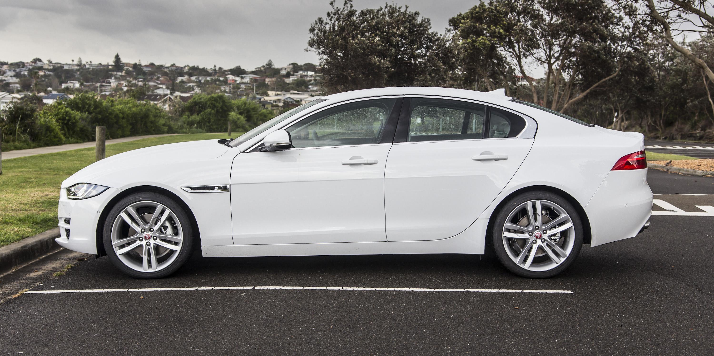 2015 Jaguar XE 20d Prestige Review | CarAdvice