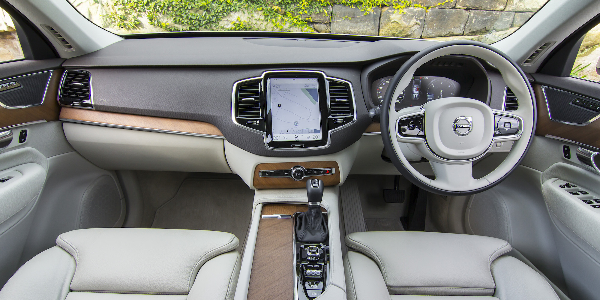 25 popular 2016 volvo xc90 d5 momentum review. Black Bedroom Furniture Sets. Home Design Ideas