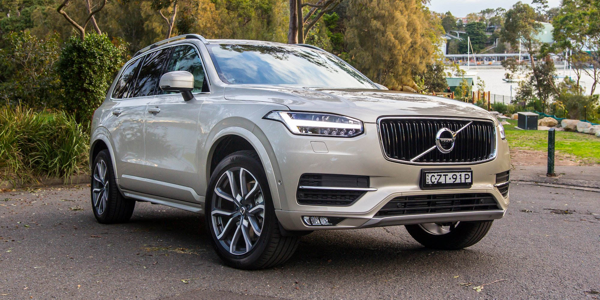 Fantastic 2016 Volvo XC90 D5 Momentum Review  CarAdvice