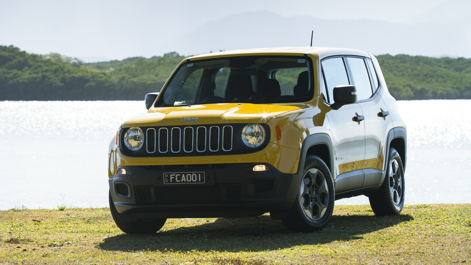 jeep renegade prices cut again photos 1 of 2. Black Bedroom Furniture Sets. Home Design Ideas