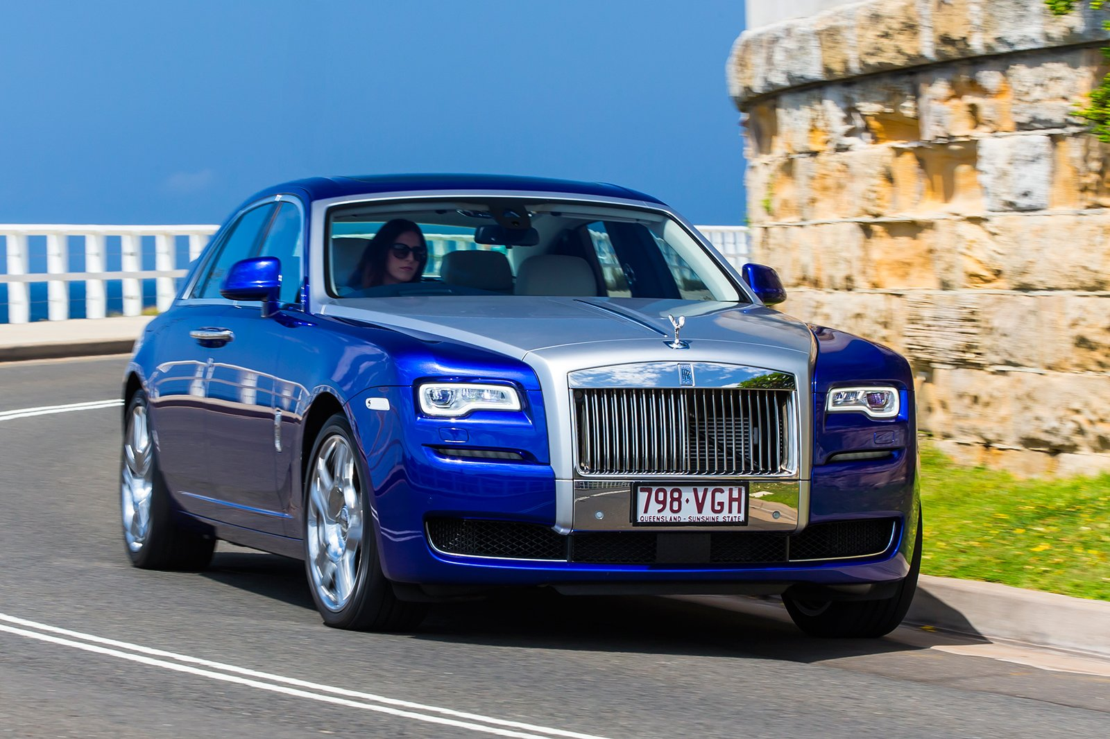 2015 rolls royce ghost sii review caradvice. Black Bedroom Furniture Sets. Home Design Ideas