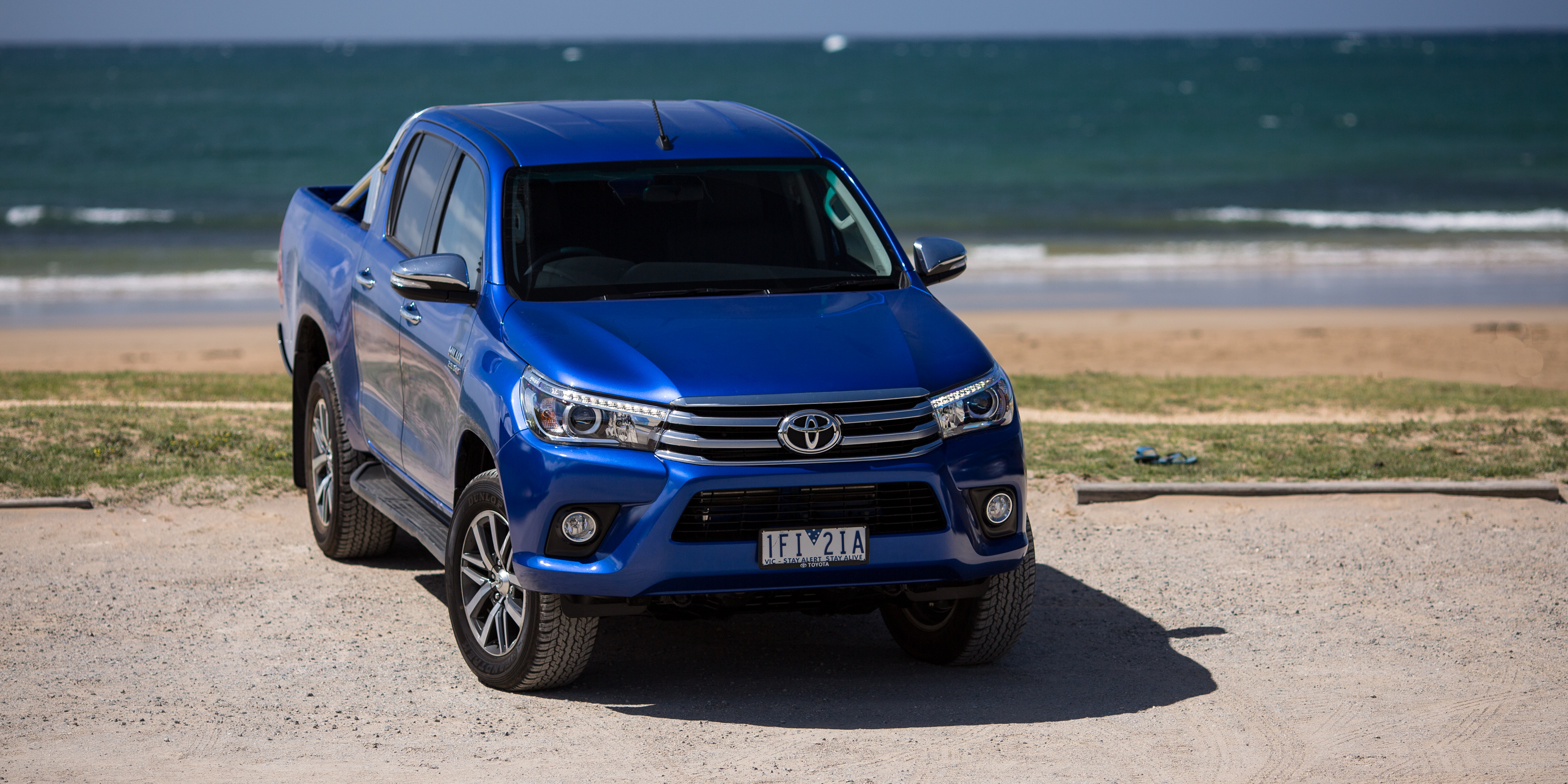 Tucson Dimensions 2017 >> 2016 Toyota HiLux SR5 Review | CarAdvice
