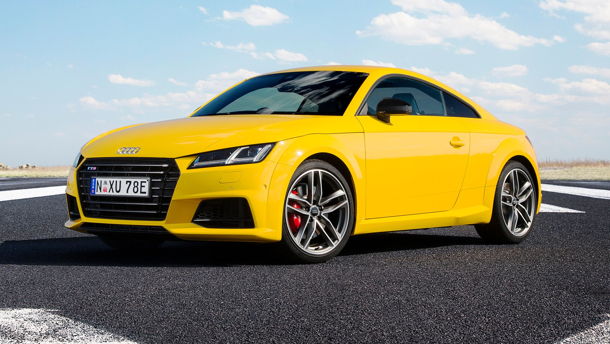 2016 audi tt s coupe and roadster review caradvice. Black Bedroom Furniture Sets. Home Design Ideas