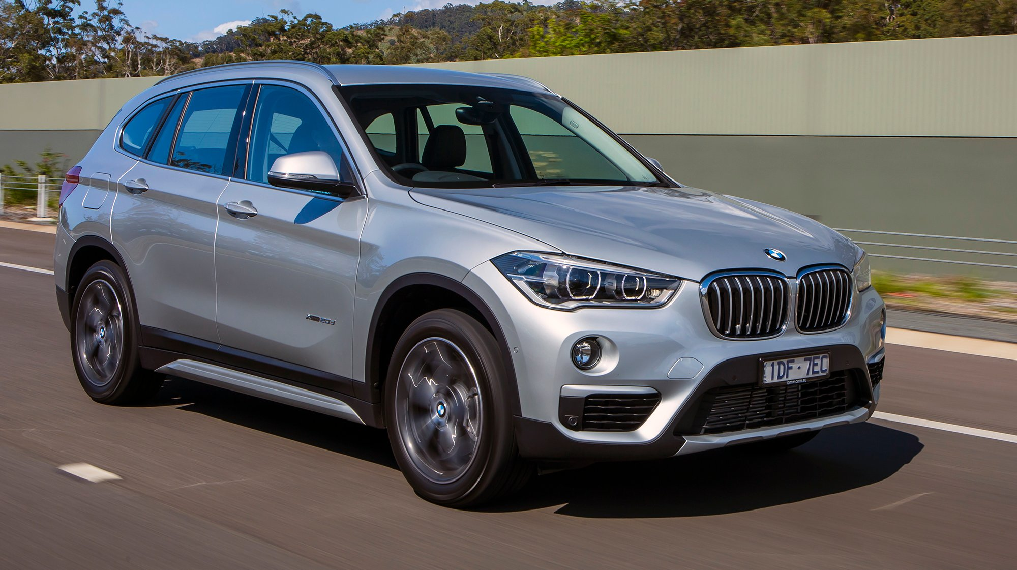 Simple 2016 BMW X1 Review  CarAdvice