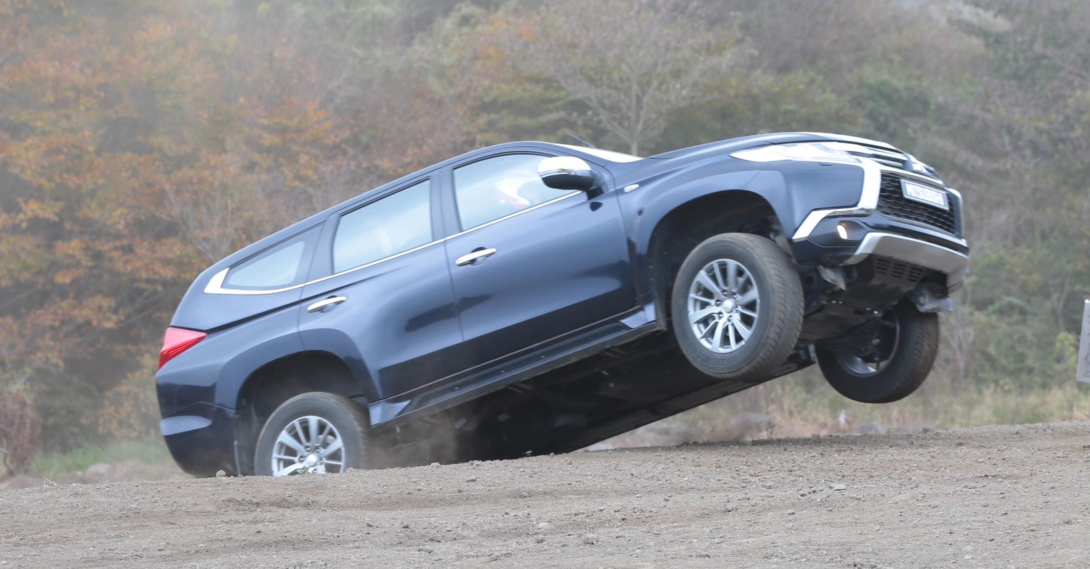 Mitsubishi Pajero Sport Review: Quick Drive