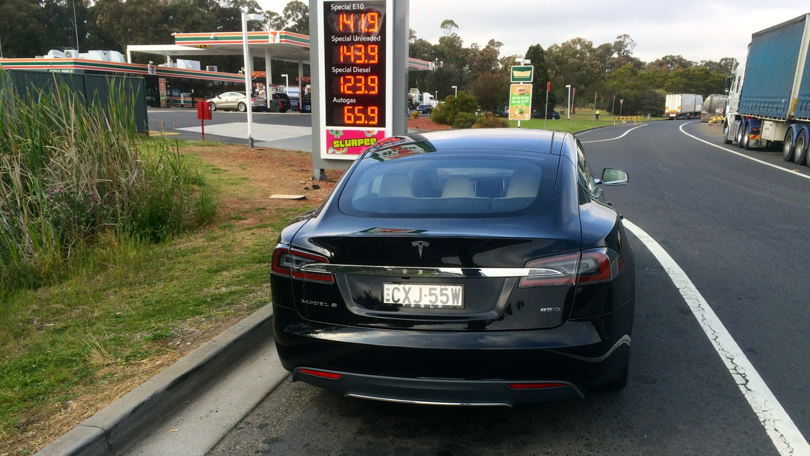Elegant Tesla Model S Sydney To Melbourne Road Trip  Photos 1 Of 54