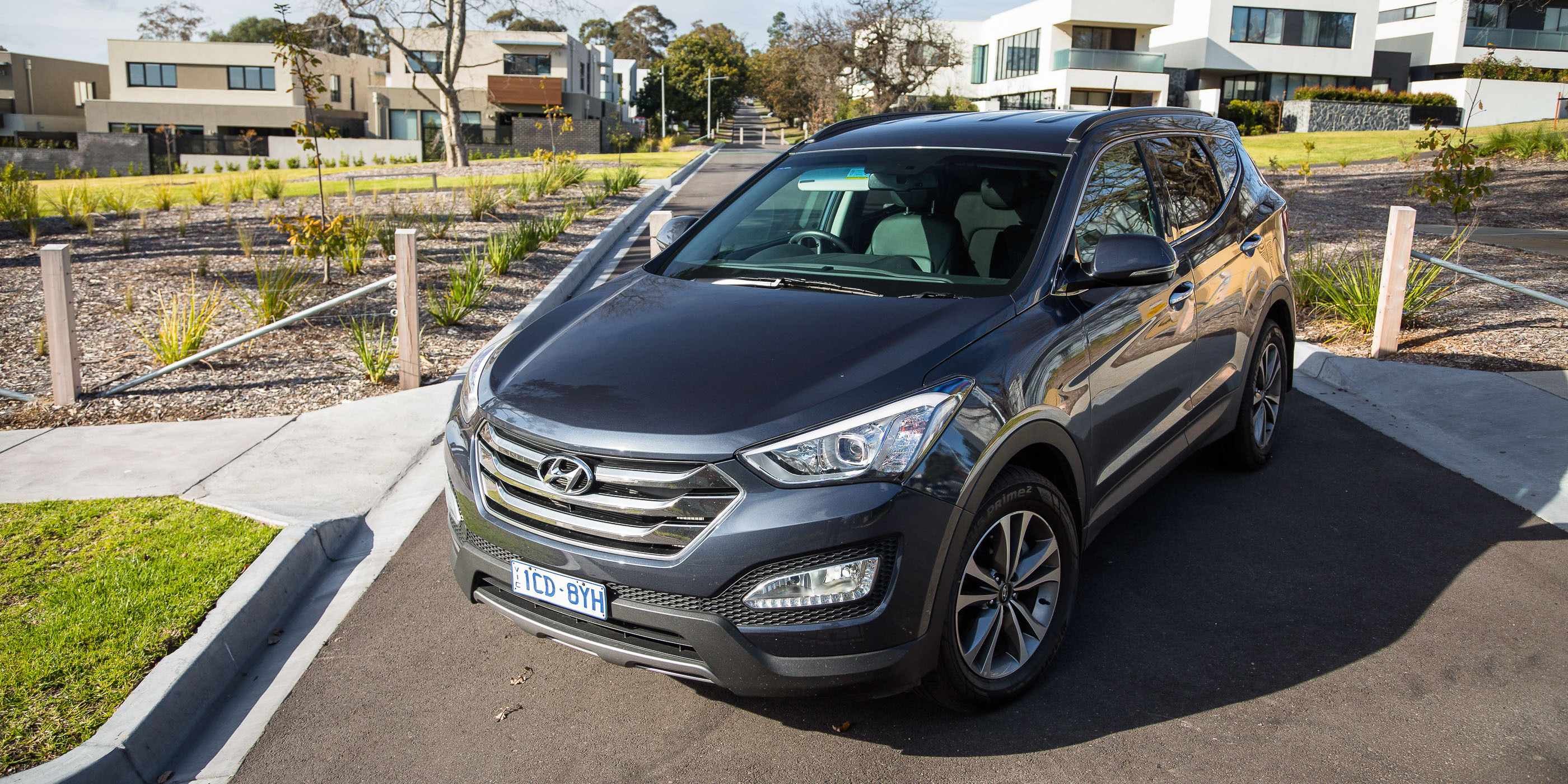 2015 hyundai santa fe review run out round up caradvice. Black Bedroom Furniture Sets. Home Design Ideas