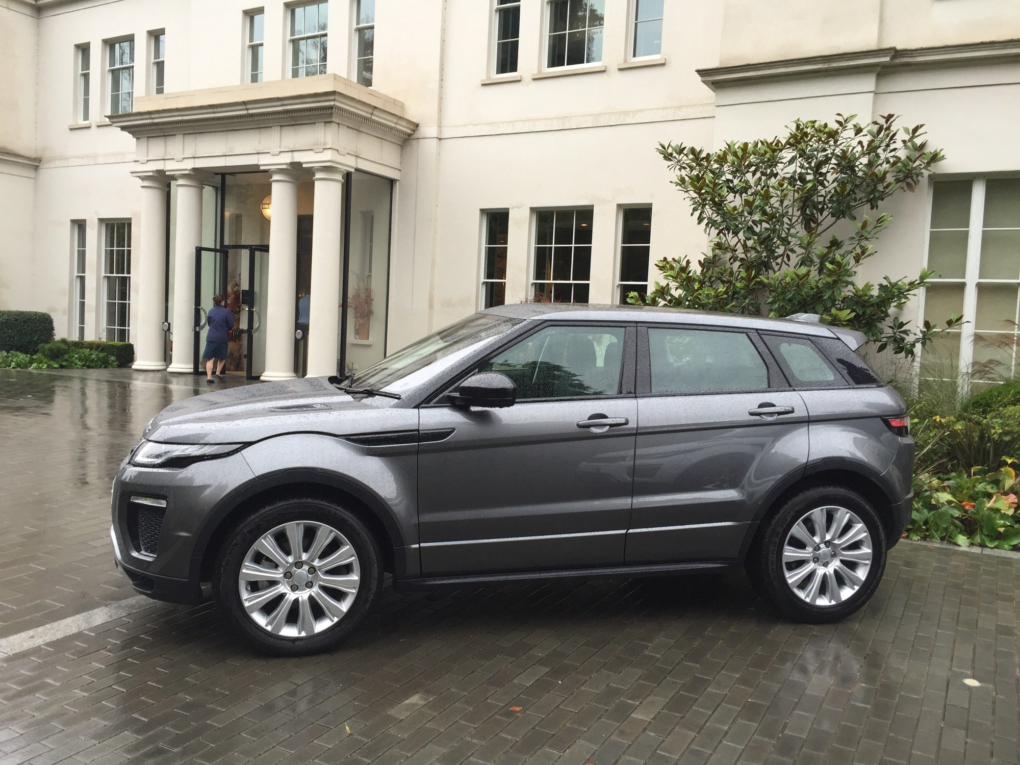 2016 range rover evoque review first drive caradvice. Black Bedroom Furniture Sets. Home Design Ideas