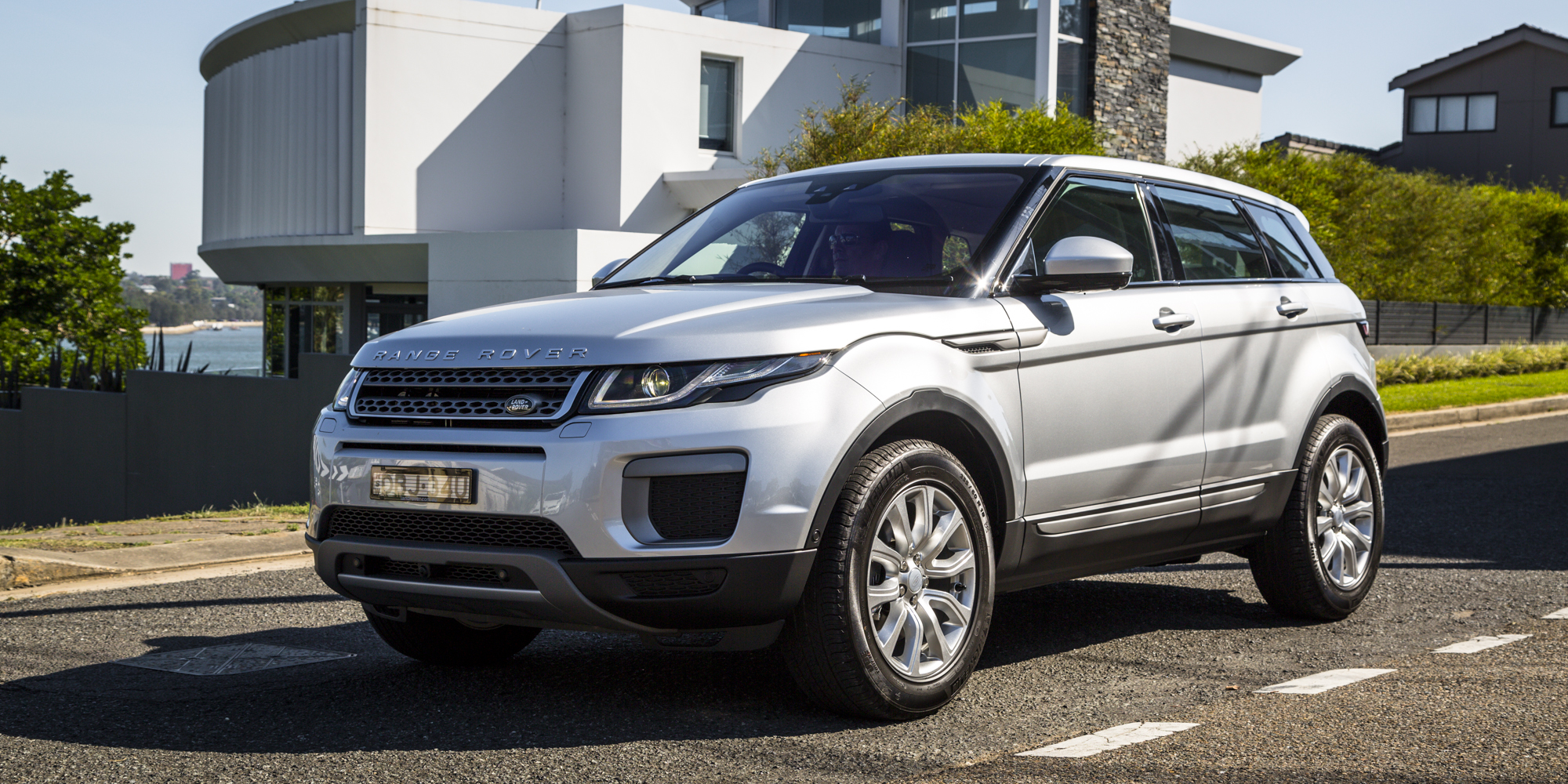 2016 range rover evoque review caradvice. Black Bedroom Furniture Sets. Home Design Ideas