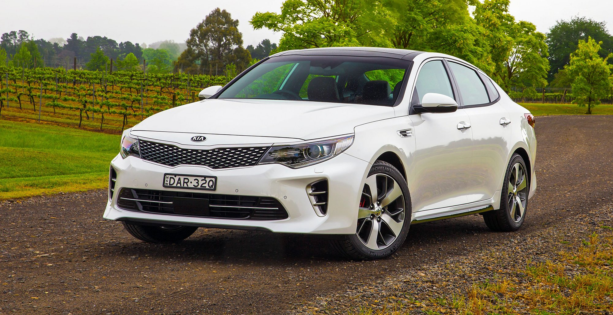 2016 kia optima pricing and specifications photos 1 of 26. Black Bedroom Furniture Sets. Home Design Ideas