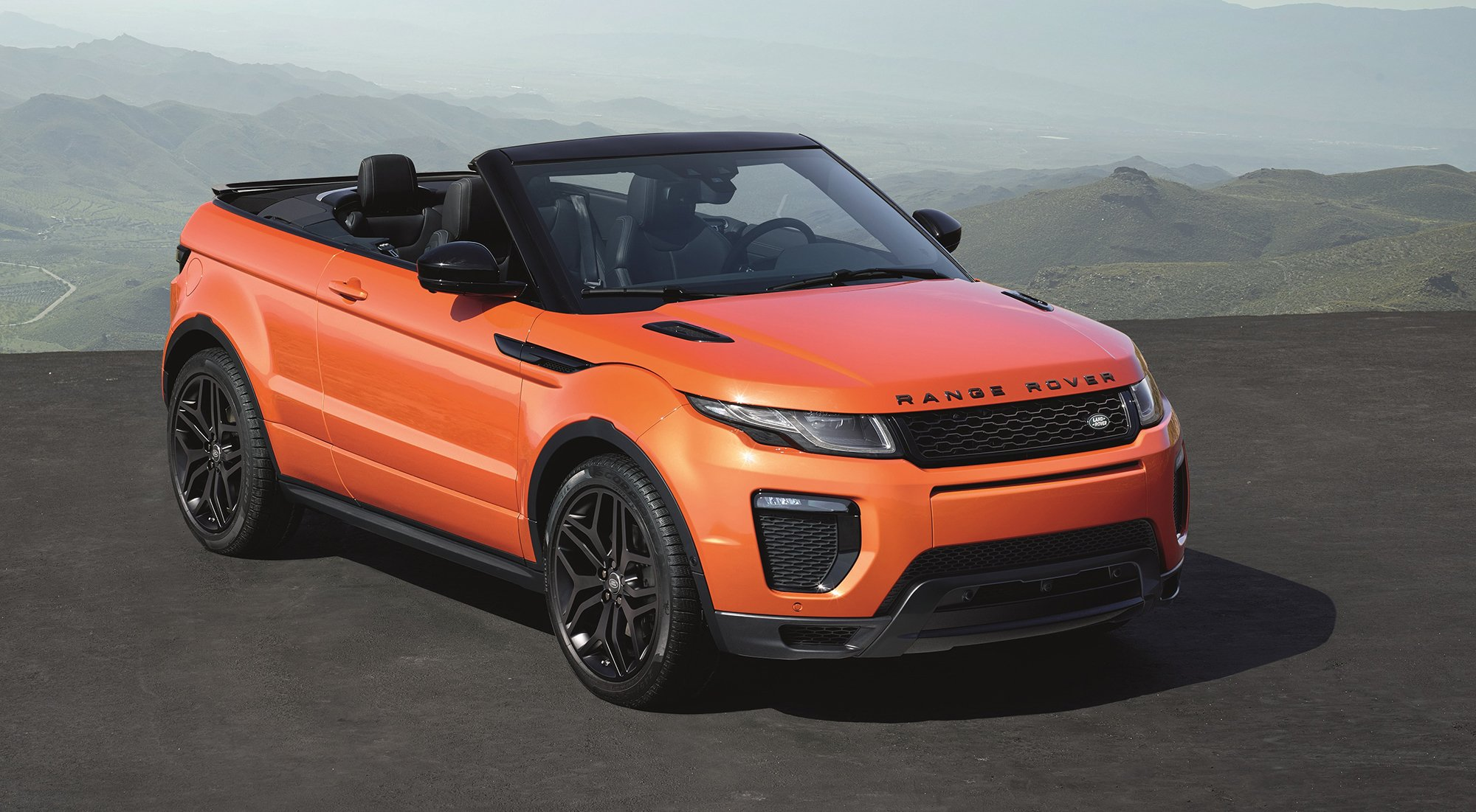 range rover evoque convertible revealed 84 440 ragtop in. Black Bedroom Furniture Sets. Home Design Ideas