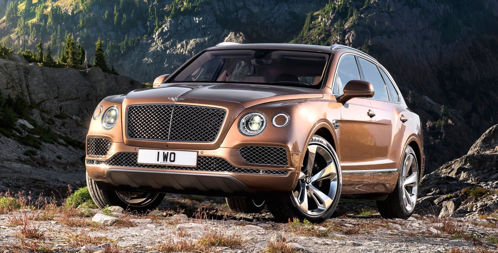 bentley planning sub bentayga suv and new sports car photos 1 of 3. Black Bedroom Furniture Sets. Home Design Ideas