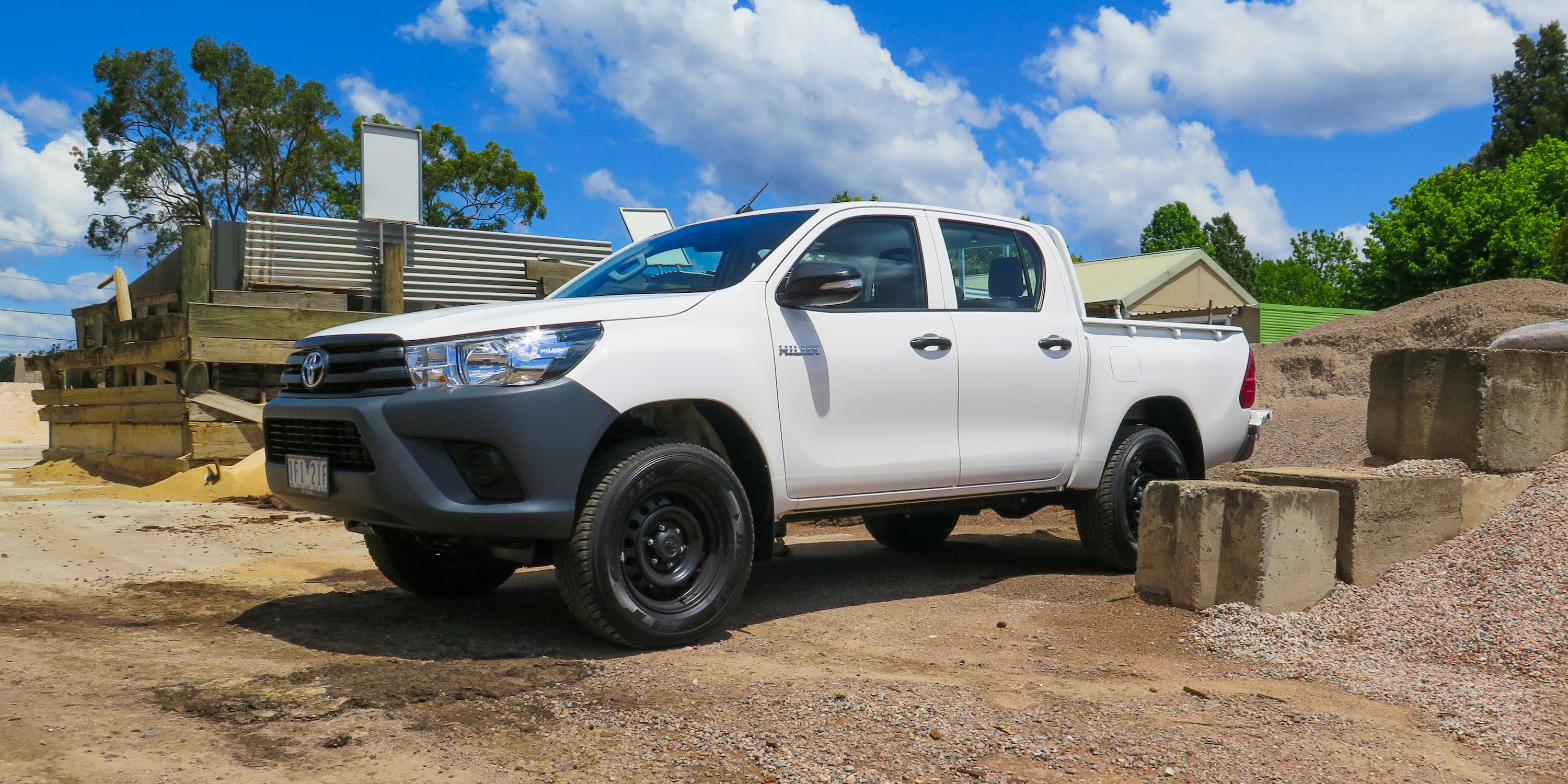 Simple 2016 Toyota HiLux WorkMate 4x4 Review  CarAdvice