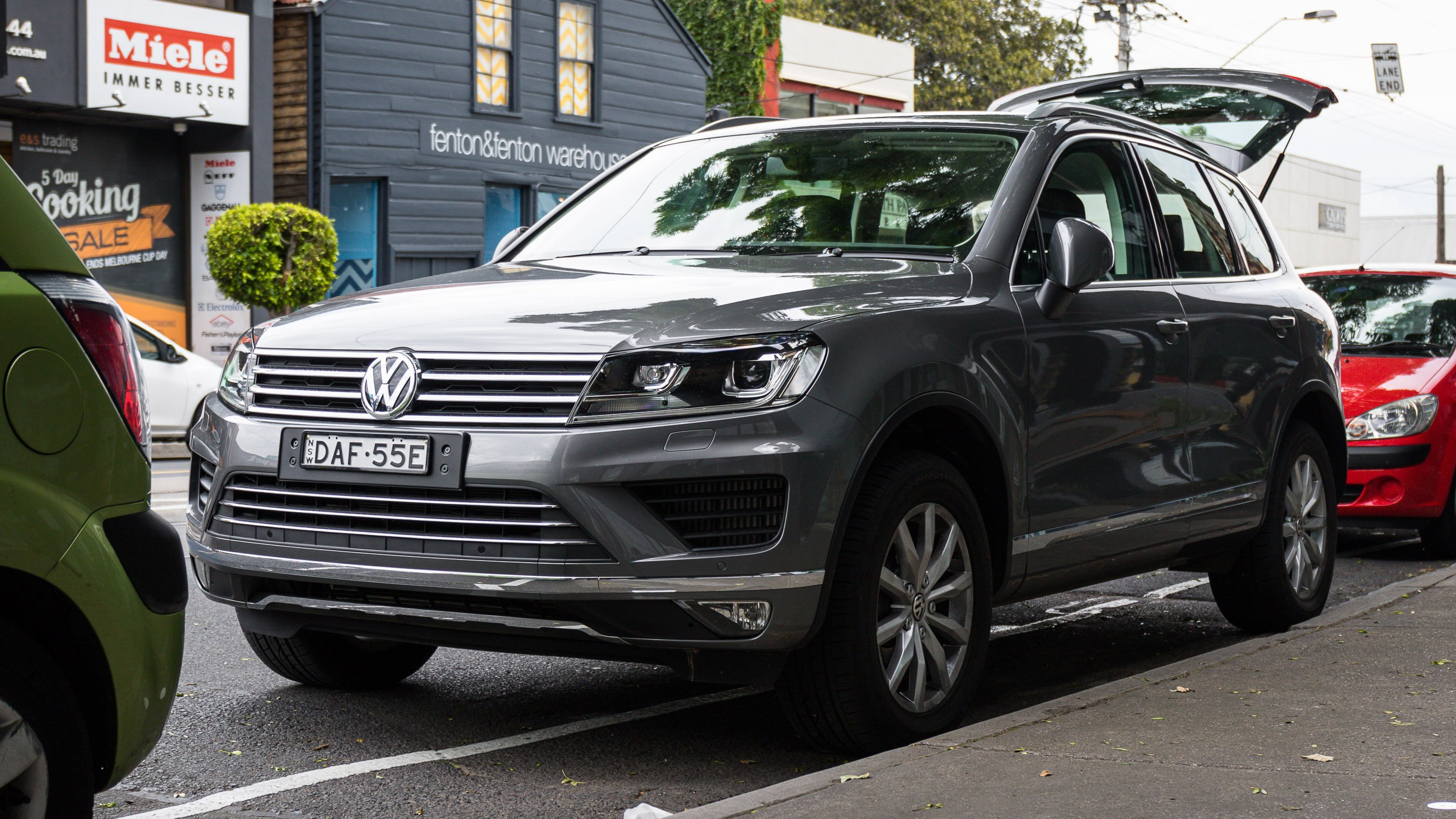 2016 volkswagen touareg 150tdi review caradvice. Black Bedroom Furniture Sets. Home Design Ideas