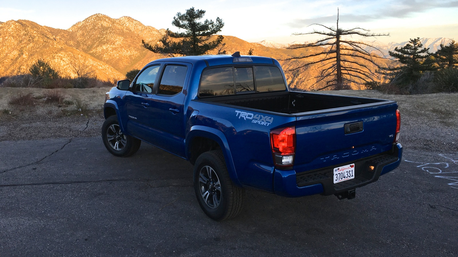 2016 toyota tacoma review caradvice. Black Bedroom Furniture Sets. Home Design Ideas