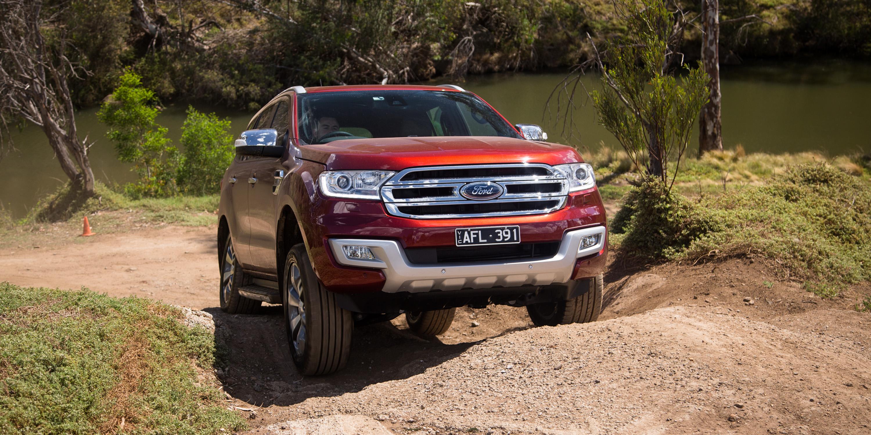 Cool Ford Everest Titanium V Toyota Prado VX  Comparison