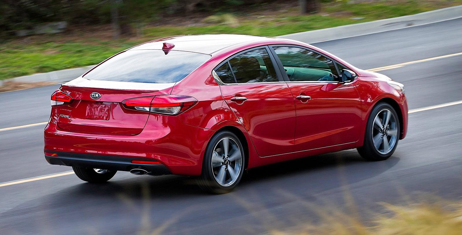 2016 Kia Cerato hatch facelift hits Detroit auto show ...