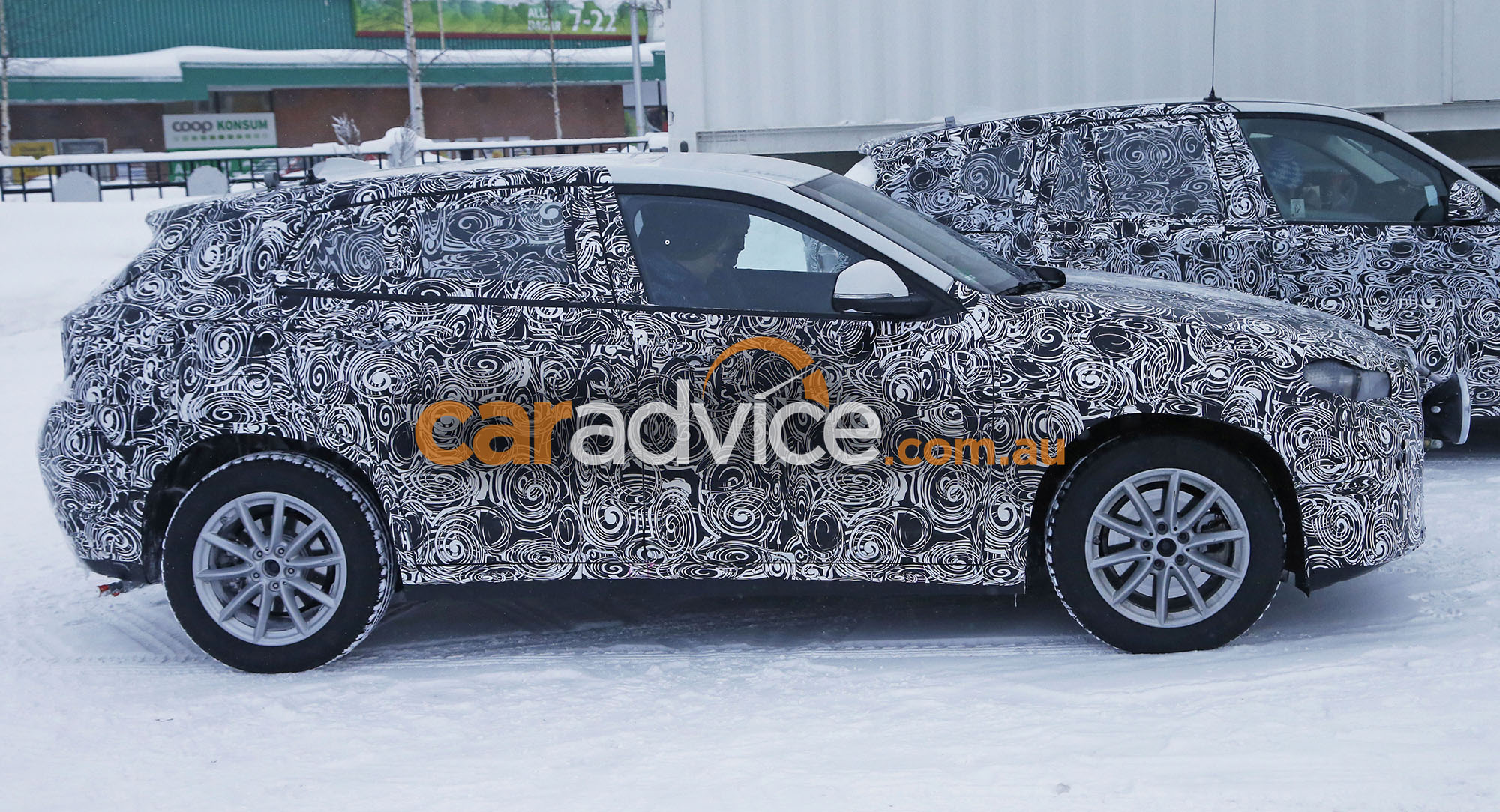 2017 bmw x2 spied testing photos 1 of 12. Black Bedroom Furniture Sets. Home Design Ideas