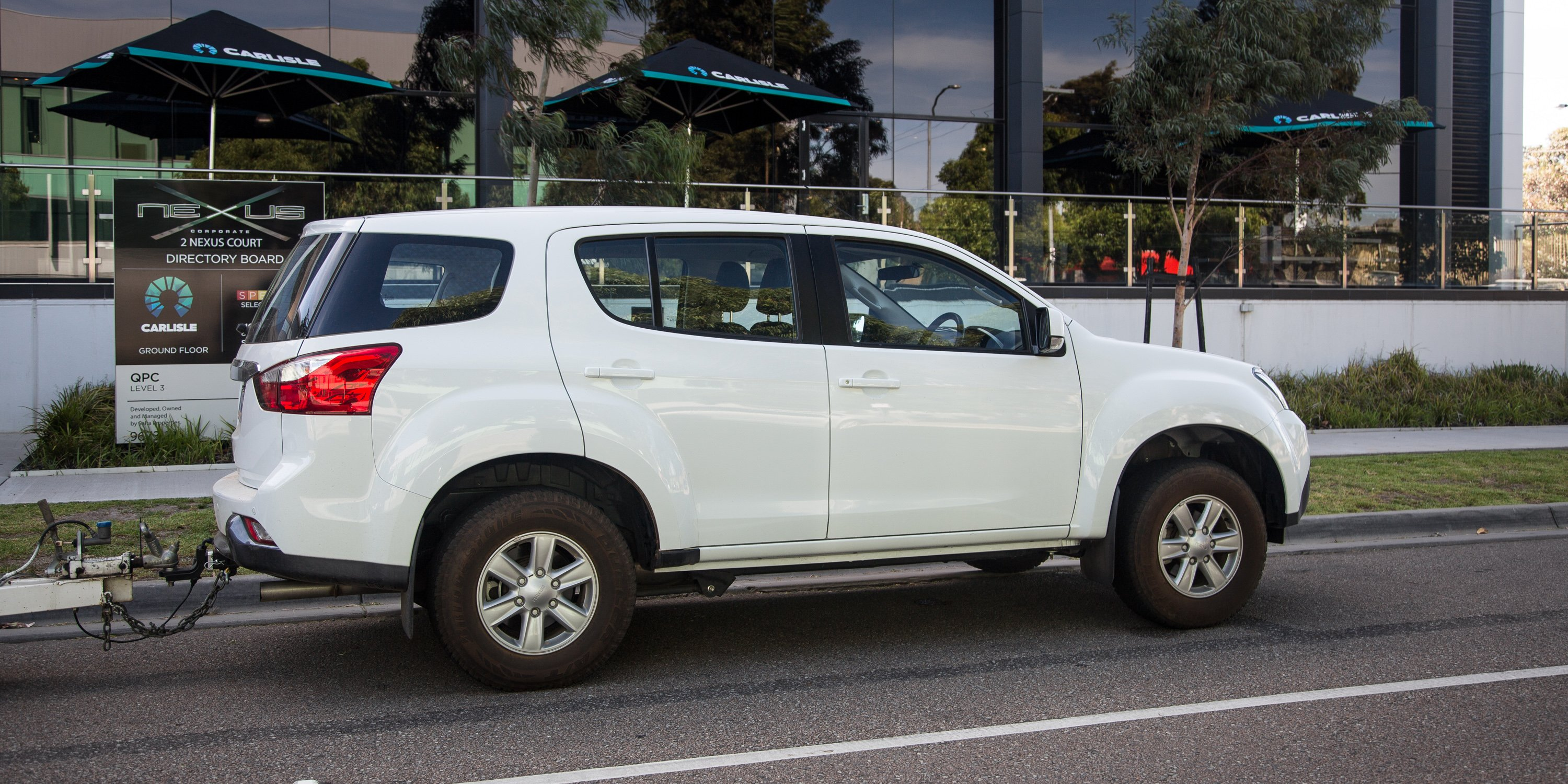 Awesome 2016 Isuzu MUX LSM 4x2 Review  CarAdvice