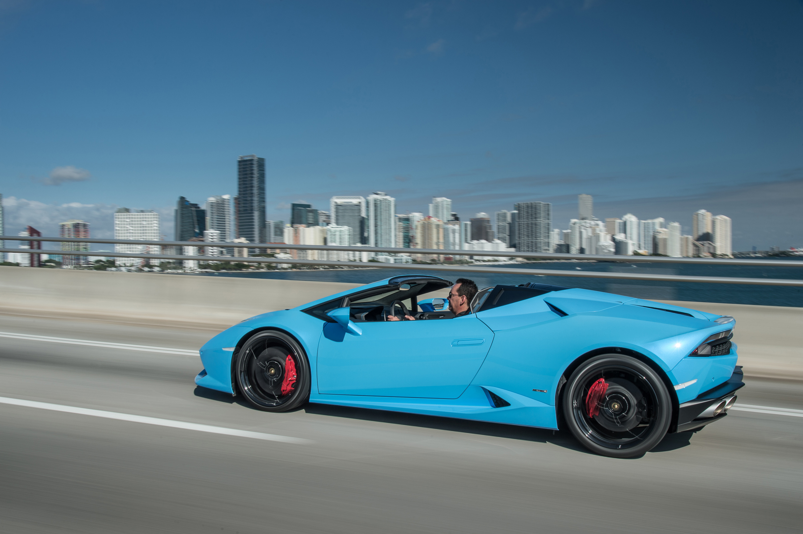 2016 lamborghini huracan lp610 4 spyder review. Black Bedroom Furniture Sets. Home Design Ideas