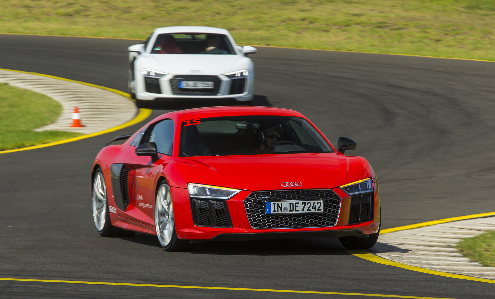 2016 audi r8 v10 r8 v10 plus pricing and specifications photos 1 of 10. Black Bedroom Furniture Sets. Home Design Ideas