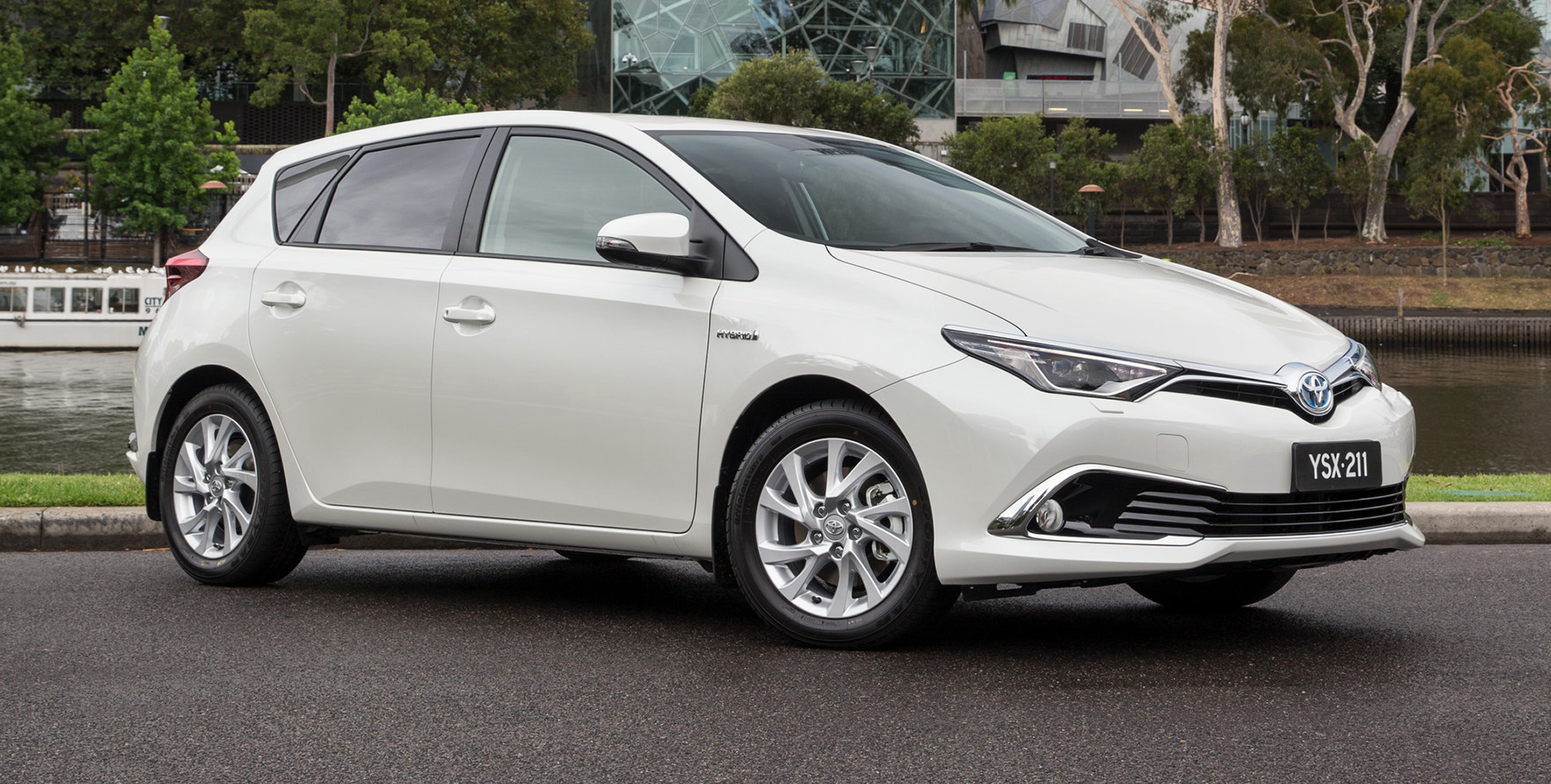 2016 Toyota Corolla Hybrid hatch confirmed for Australia - Photos (1 of 6)