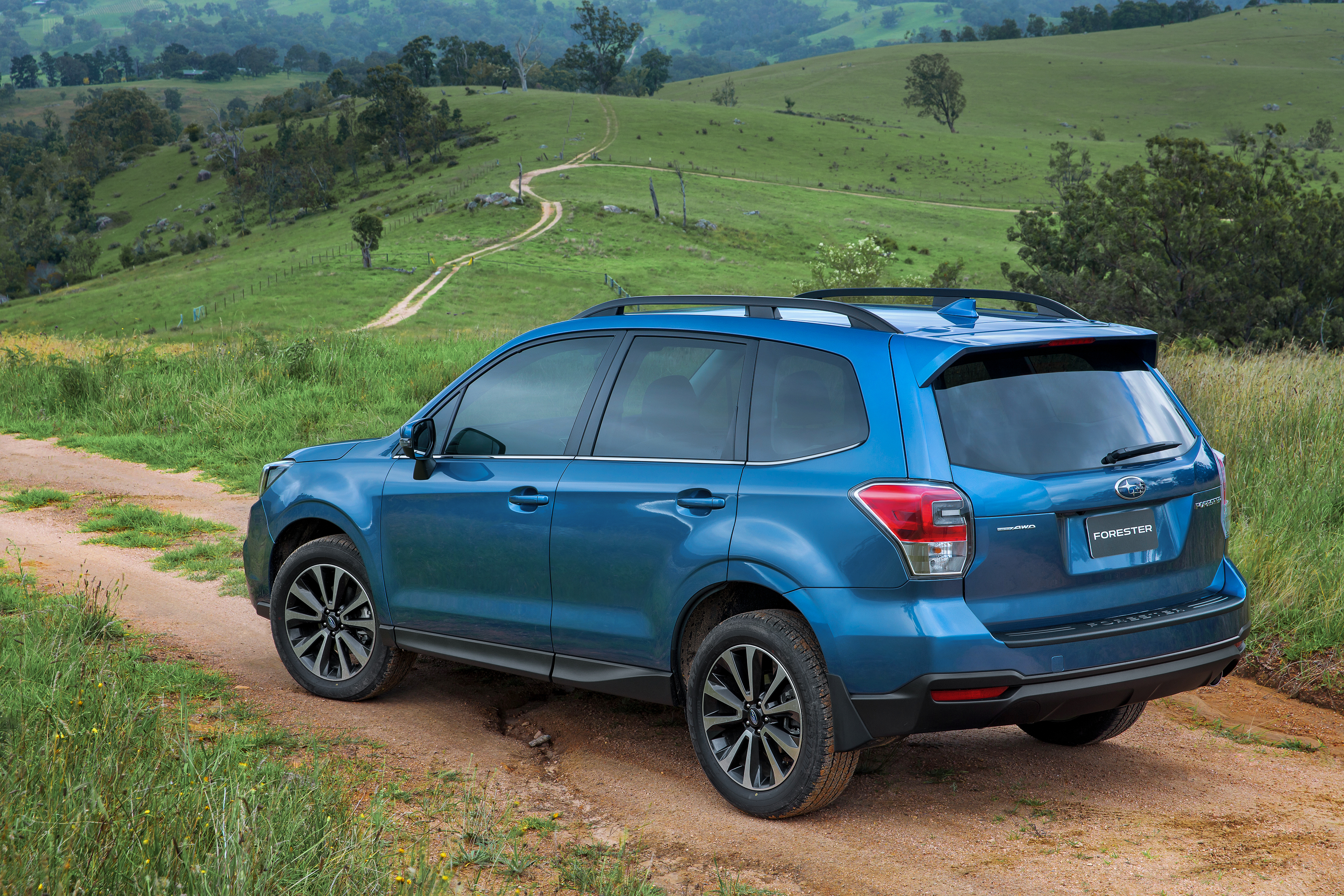 2016 subaru forester pricing and specifications photos 1 of 9. Black Bedroom Furniture Sets. Home Design Ideas