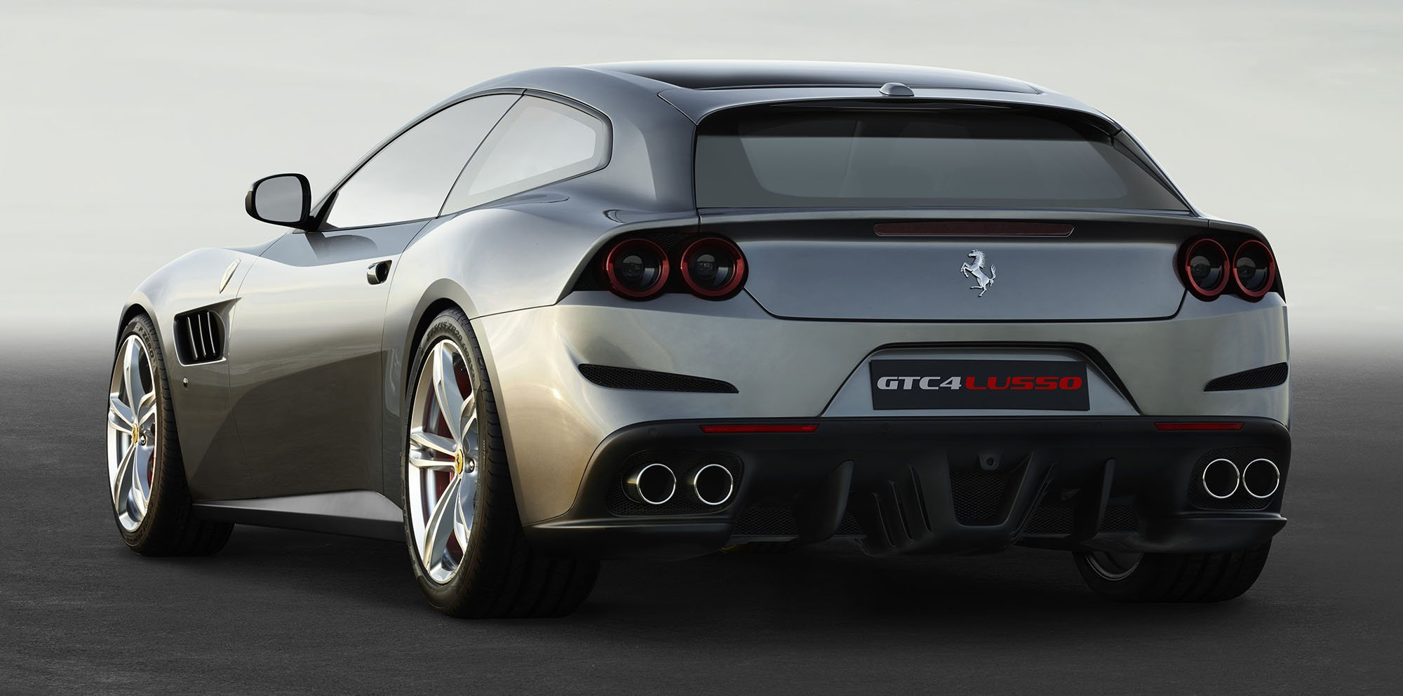 ferrari gtc4 lusso unveiled ff given comprehensive makeover updated photos 1 of 9. Black Bedroom Furniture Sets. Home Design Ideas