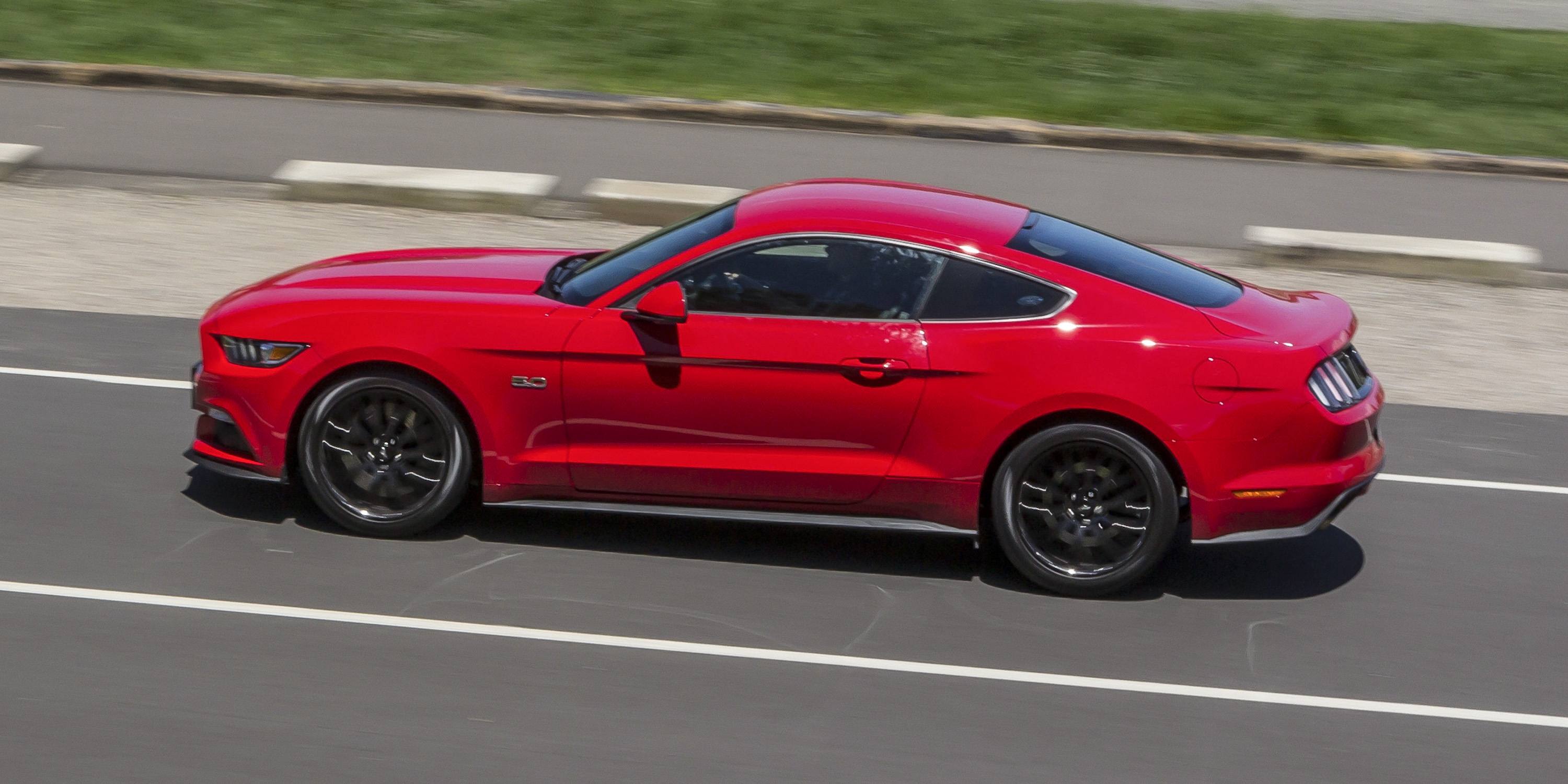 2016 ford mustang gt review caradvice. Black Bedroom Furniture Sets. Home Design Ideas