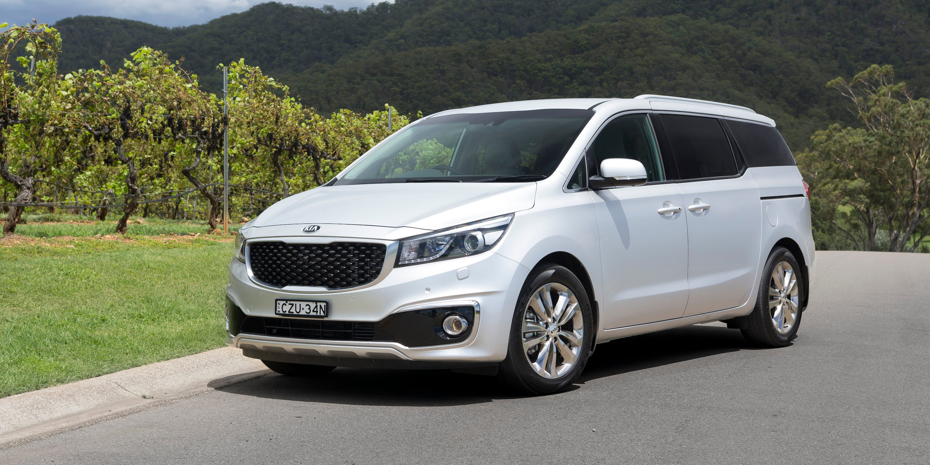 2016 kia carnival gets five star ancap safety rating photos 1 of 3. Black Bedroom Furniture Sets. Home Design Ideas